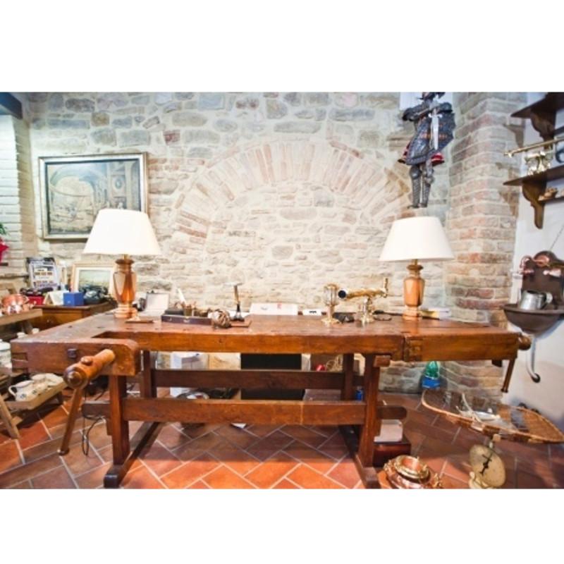 Gli oggetti ritrovati acquisto e vendita di antiquariato for Grandi magazzini mobili