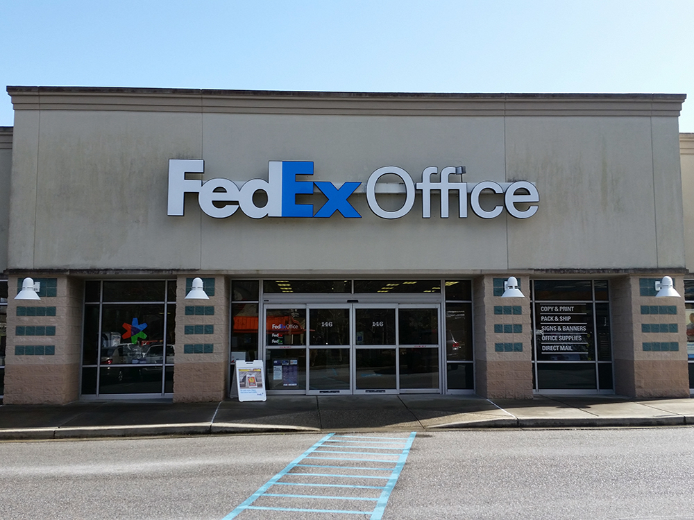 Fedex clothing store