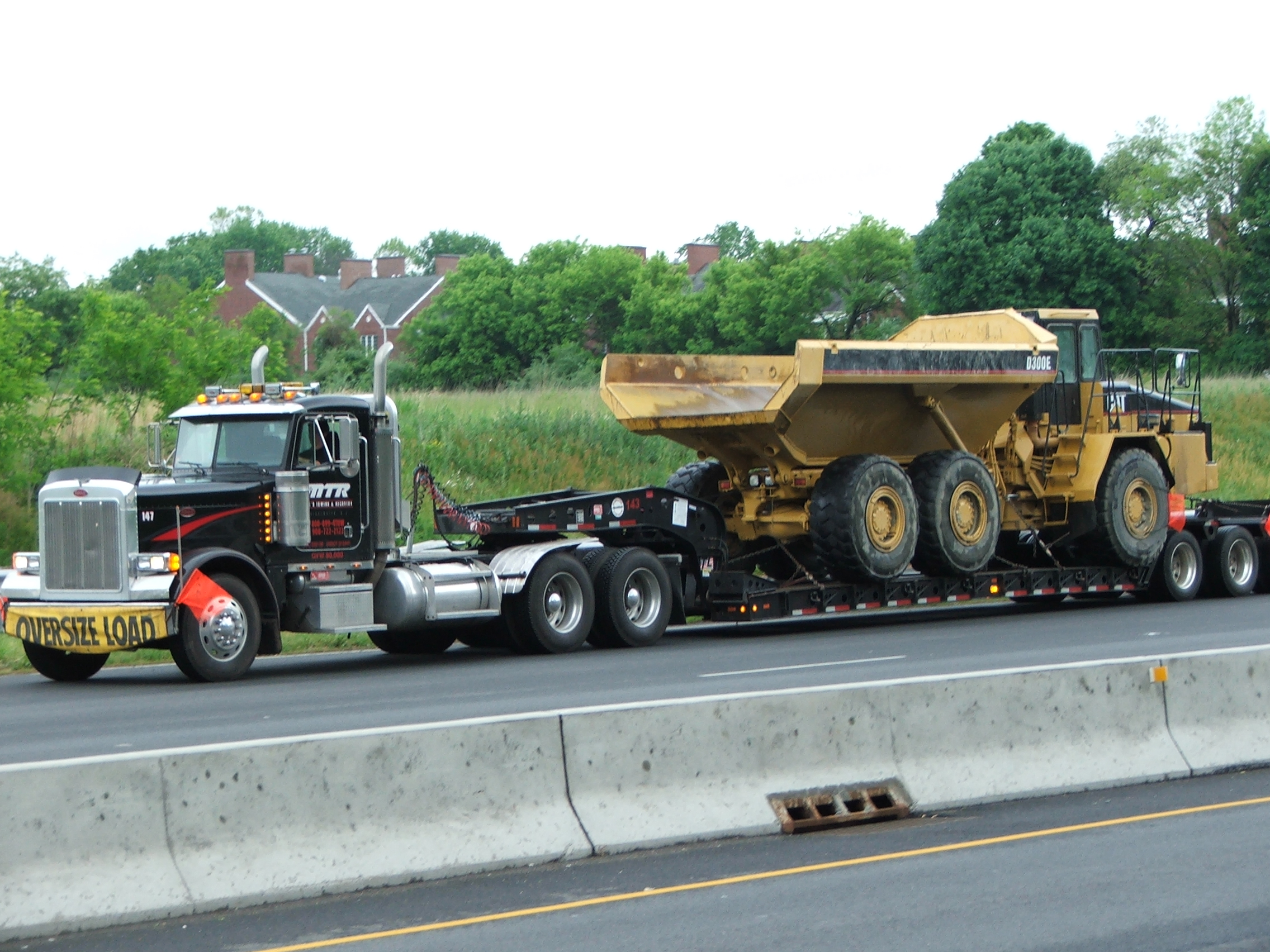 Mike's Towing & Recovery image 23
