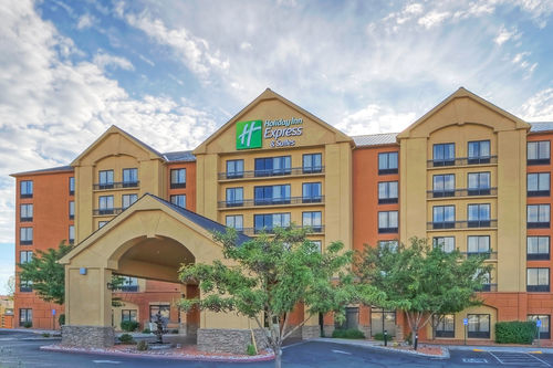 Holiday Inn Express & Suites Albuquerque Midtown image 0