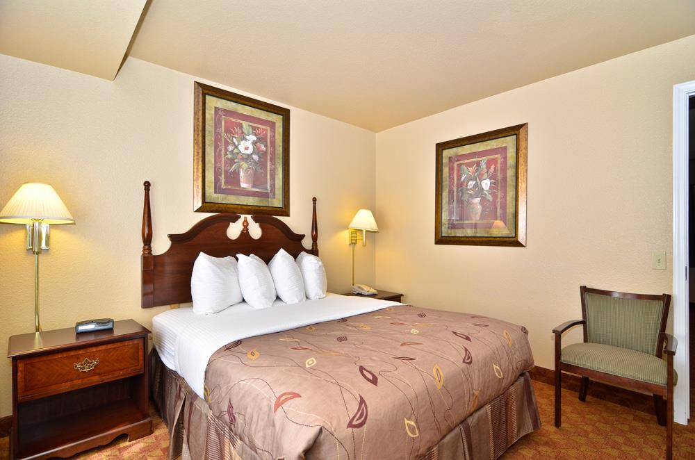 Best Western Fallon Inn & Suites image 39