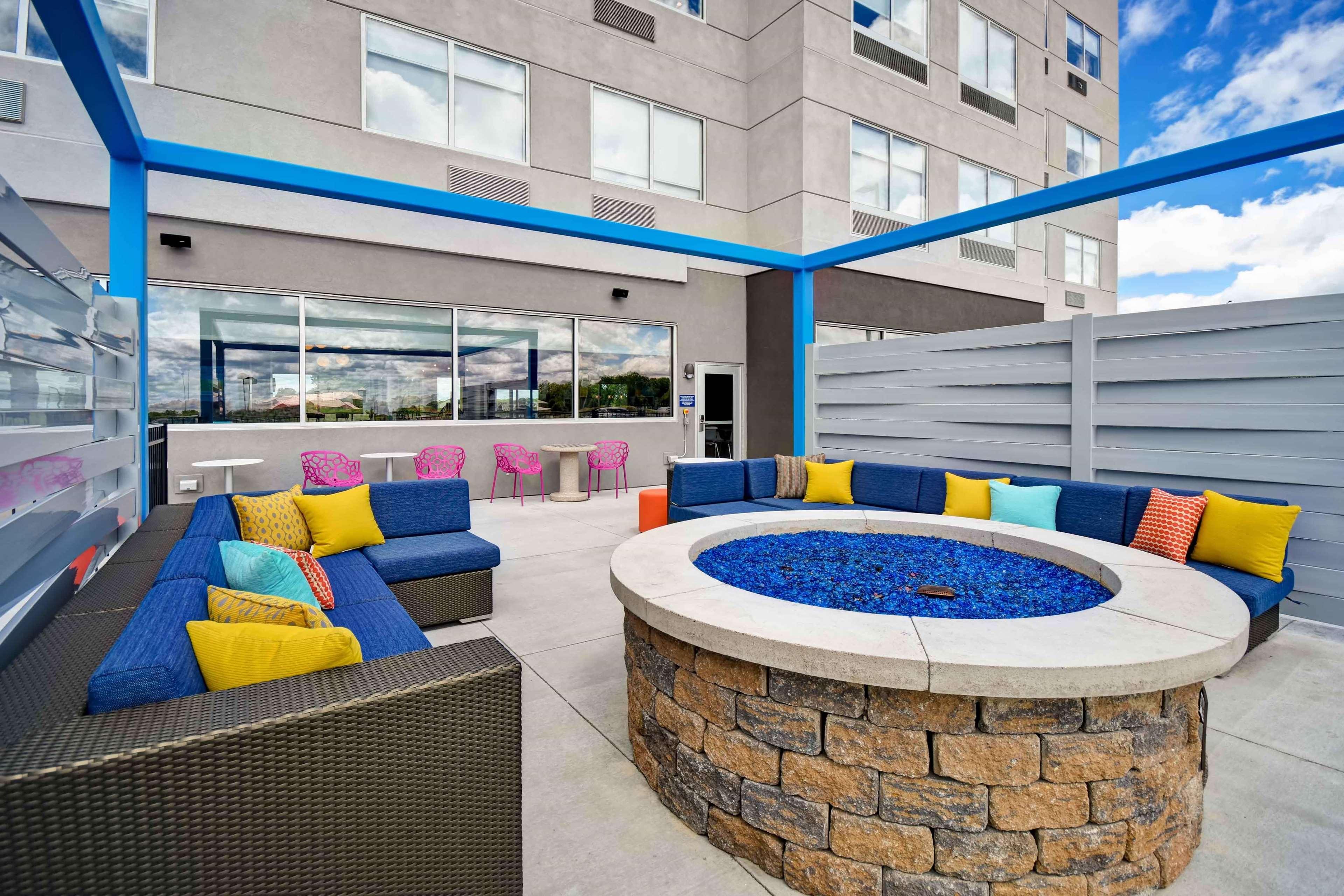 Tru by Hilton North Platte image 2