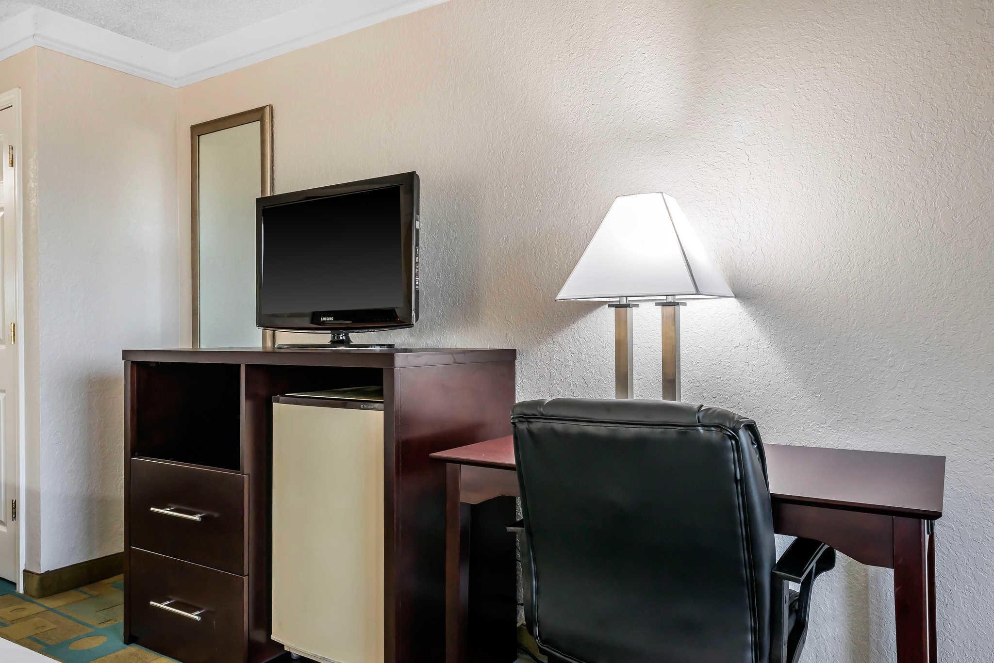 Quality Inn At International Drive image 1
