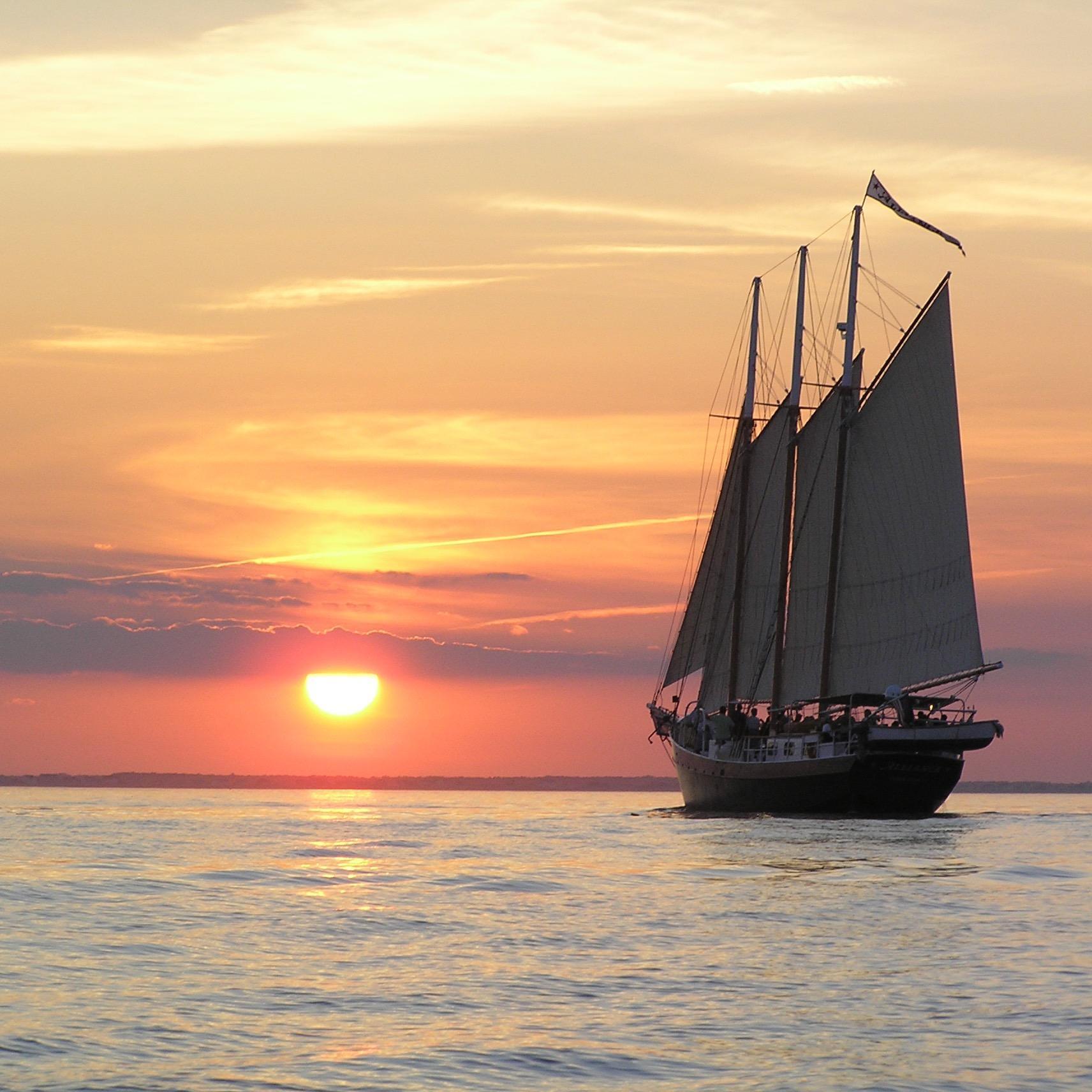 Yorktown Sailing Charters image 3