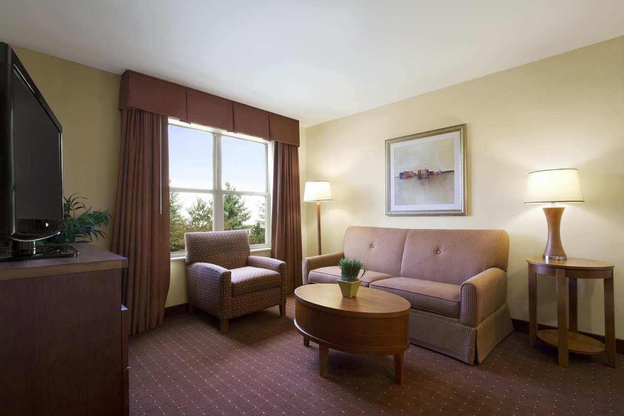 Homewood Suites by Hilton Dulles-North/Loudoun image 13