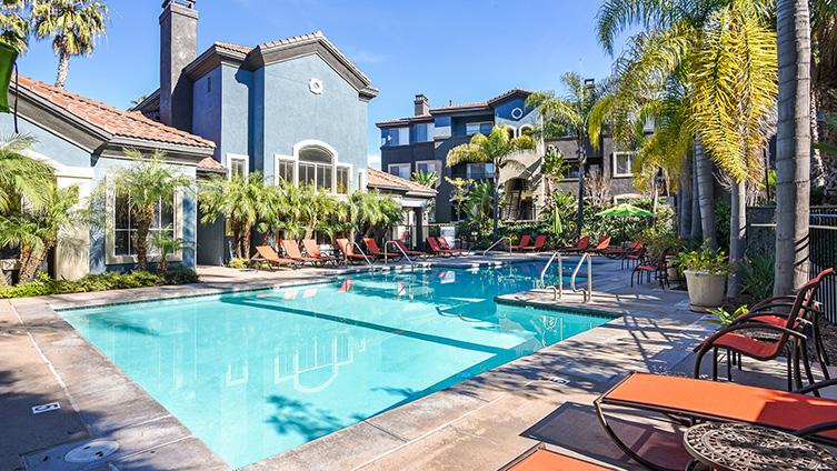 Capella at Rancho Del Oro Luxury Apartment Homes image 10