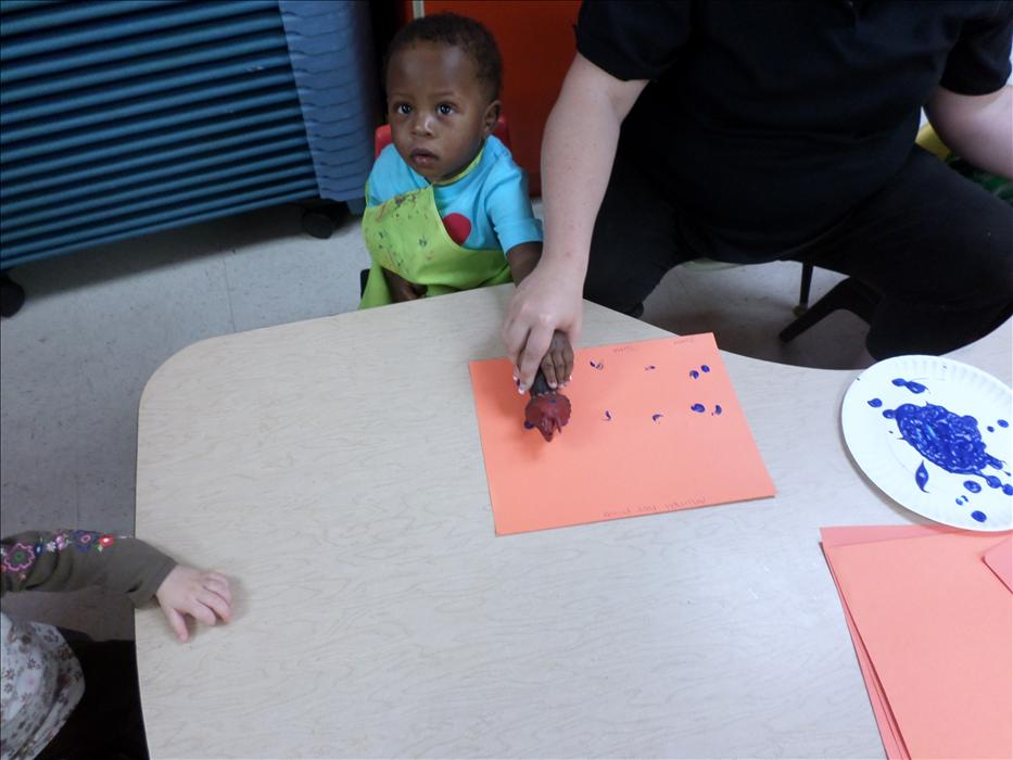 Arts and Crafts in the Toddler classroom!