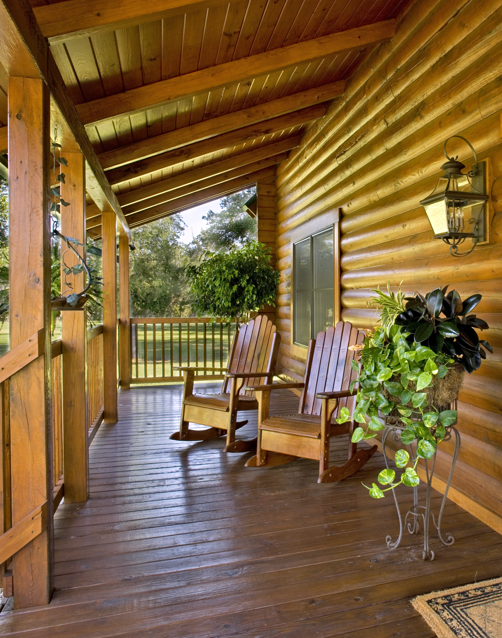 Florida Log Home Staining image 2