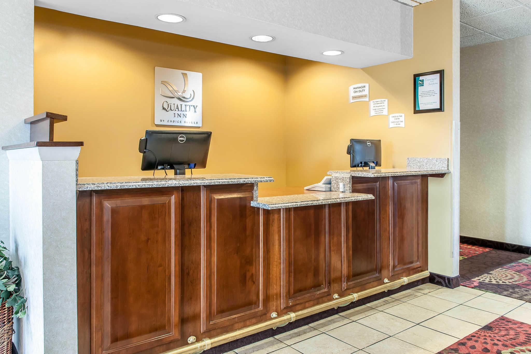 Quality Inn Chester I-75 image 3