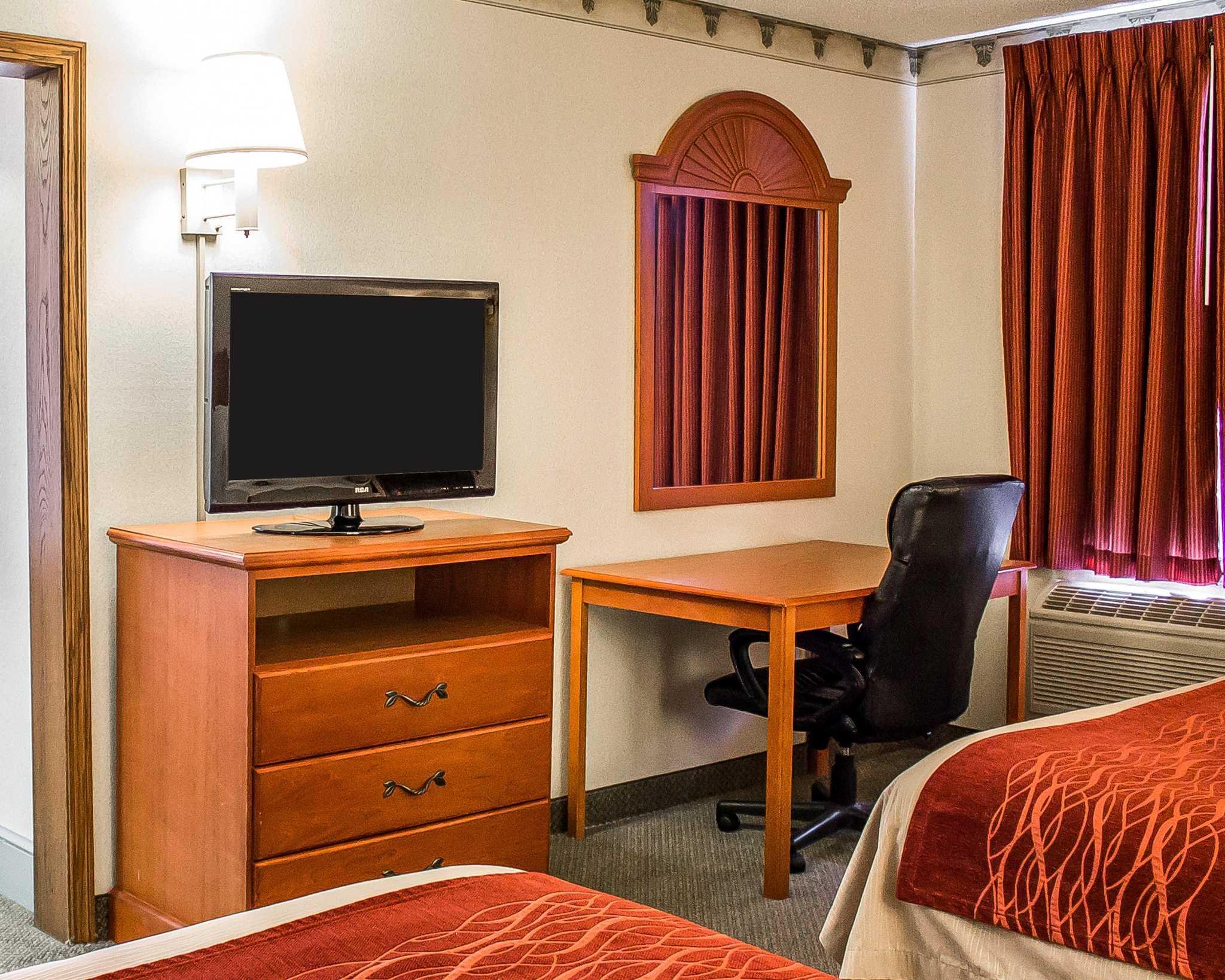 Comfort Inn Splash Harbor image 3