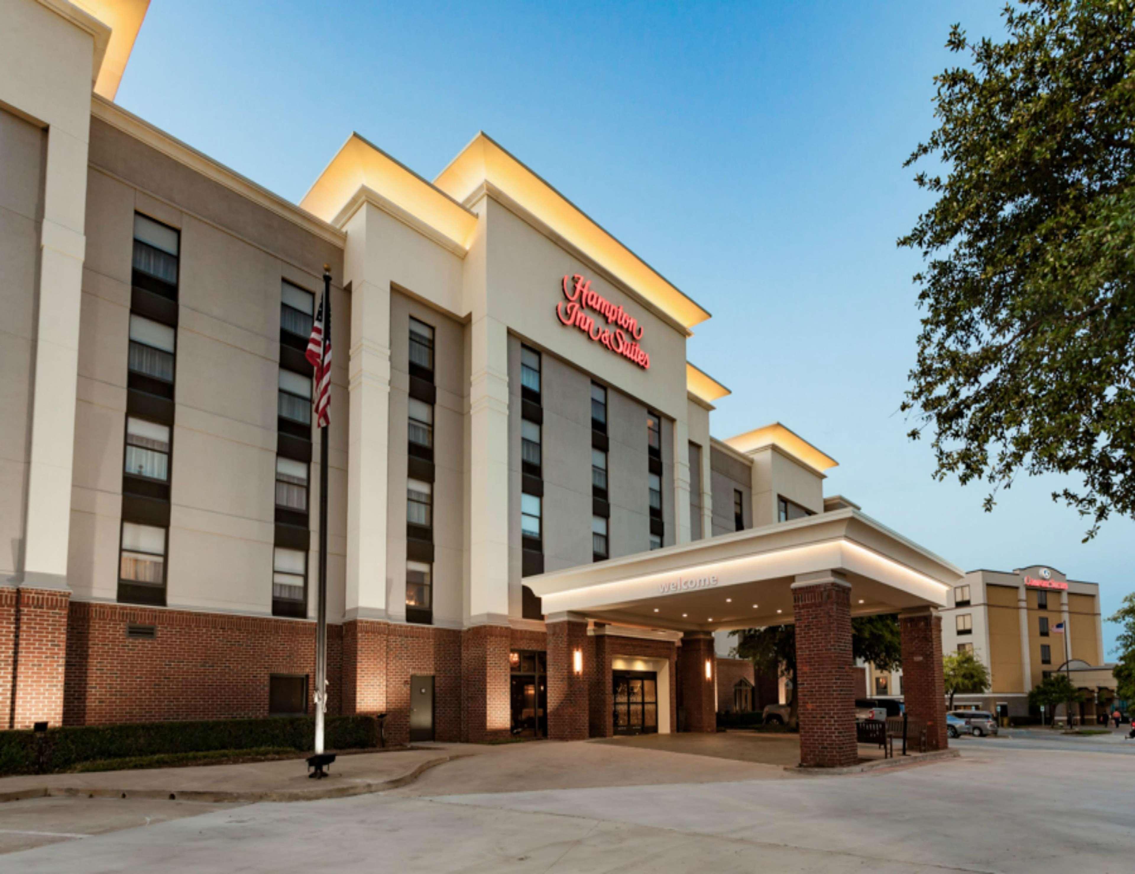 Hampton Inn & Suites Dallas-DFW Airport North-Grapevine in Grapevine, TX, photo #2
