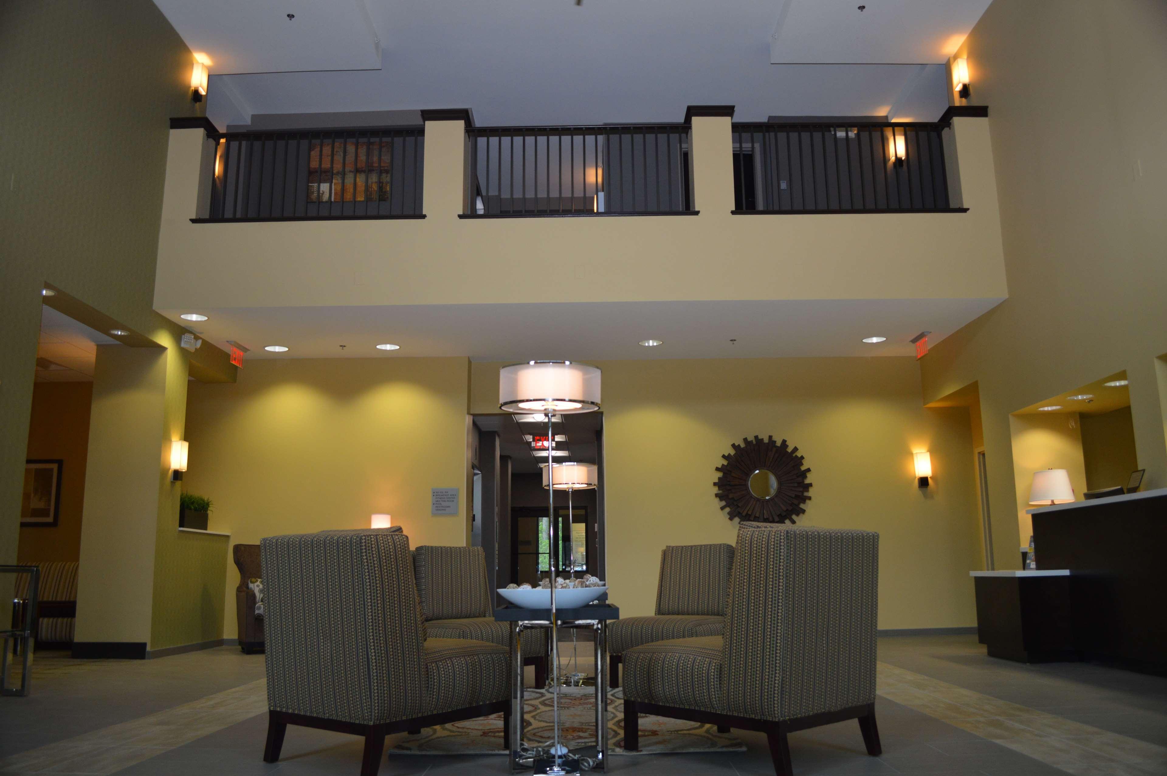 Best Western Plus Thornburg Inn & Suites image 3