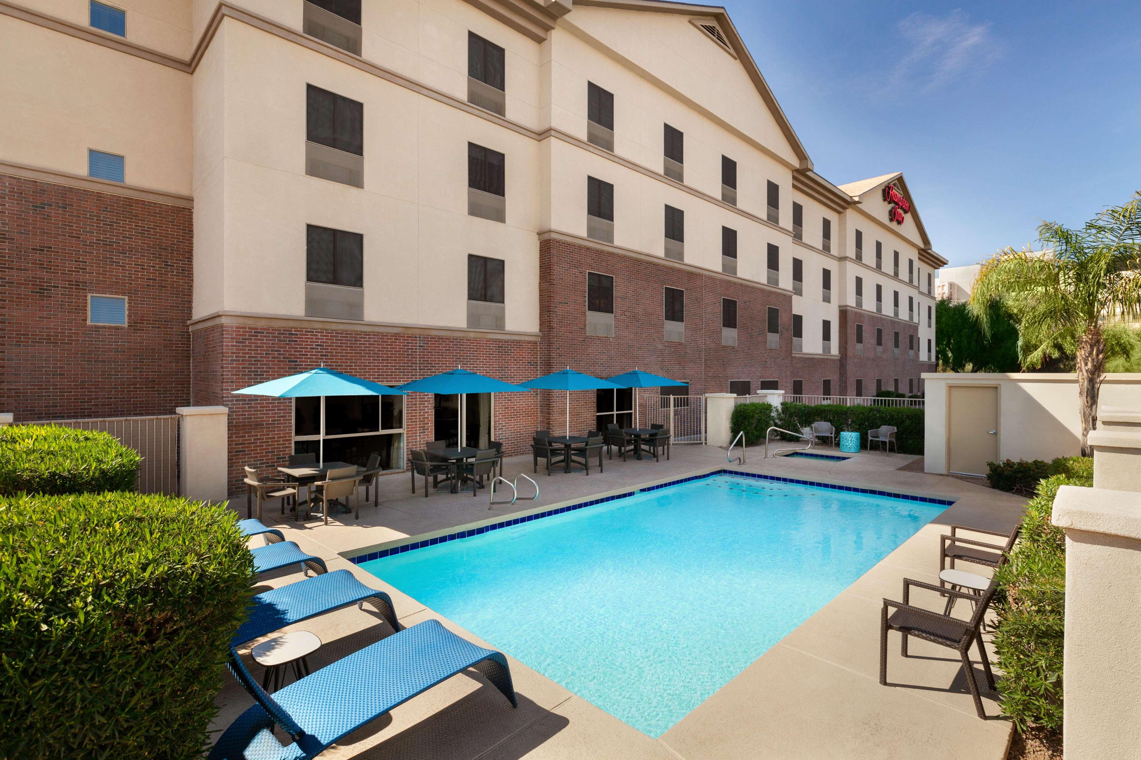 Hampton Inn Phoenix-Midtown-Downtown Area image 6
