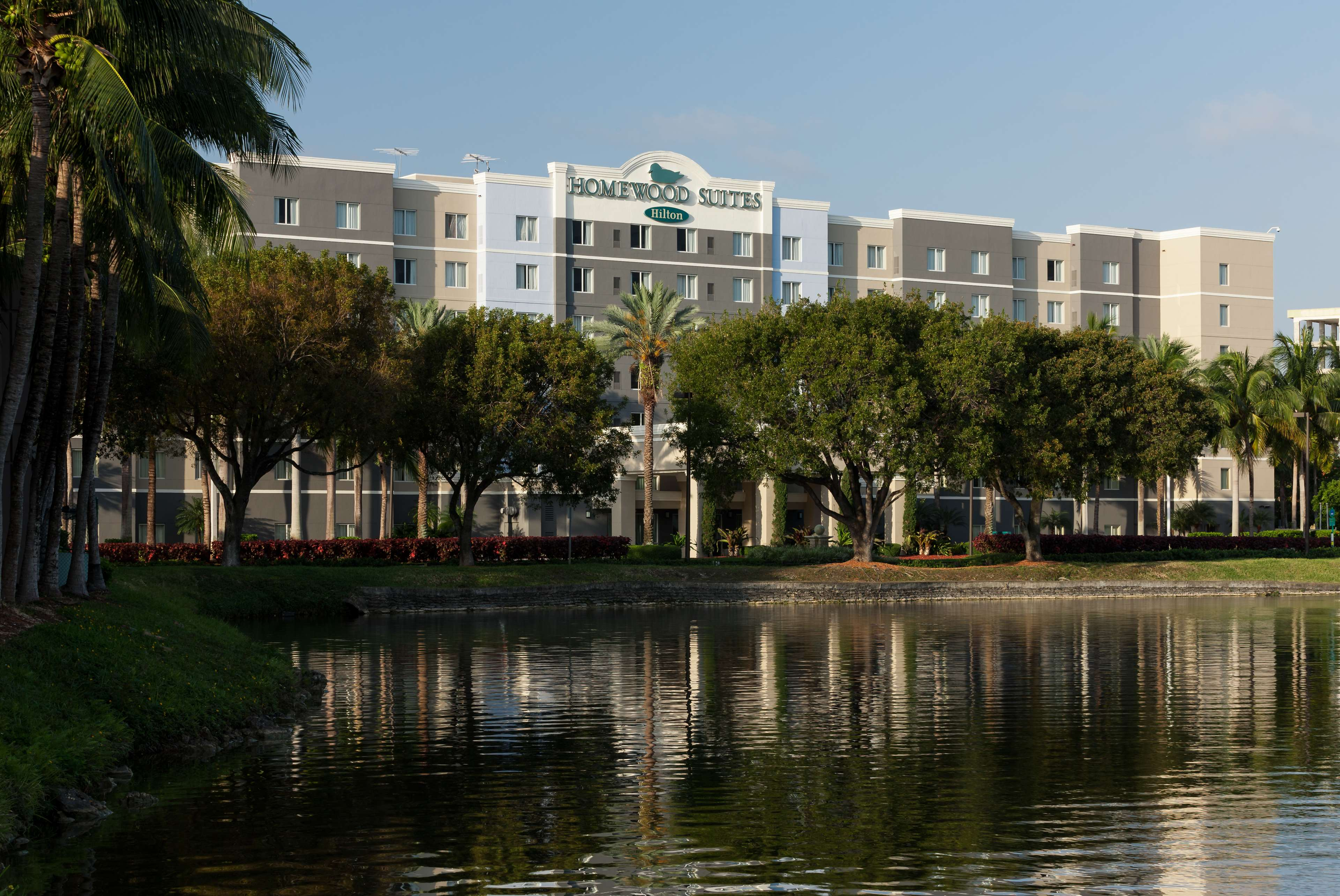 Homewood Suites by Hilton Miami-Airport/Blue Lagoon image 5