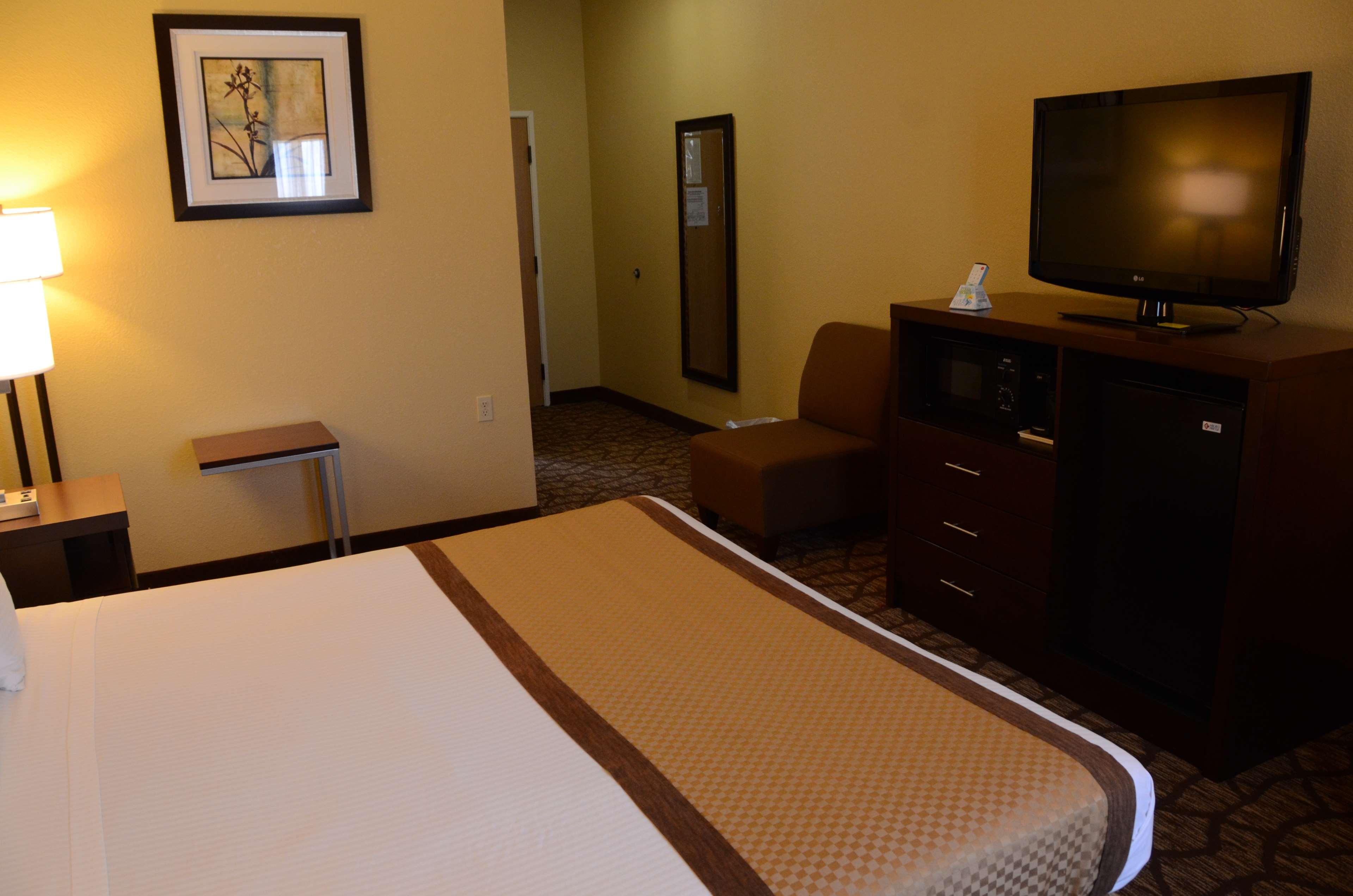 Best Western Joliet Inn & Suites image 29