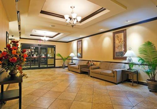 Holiday Inn Express & Suites Selma image 1