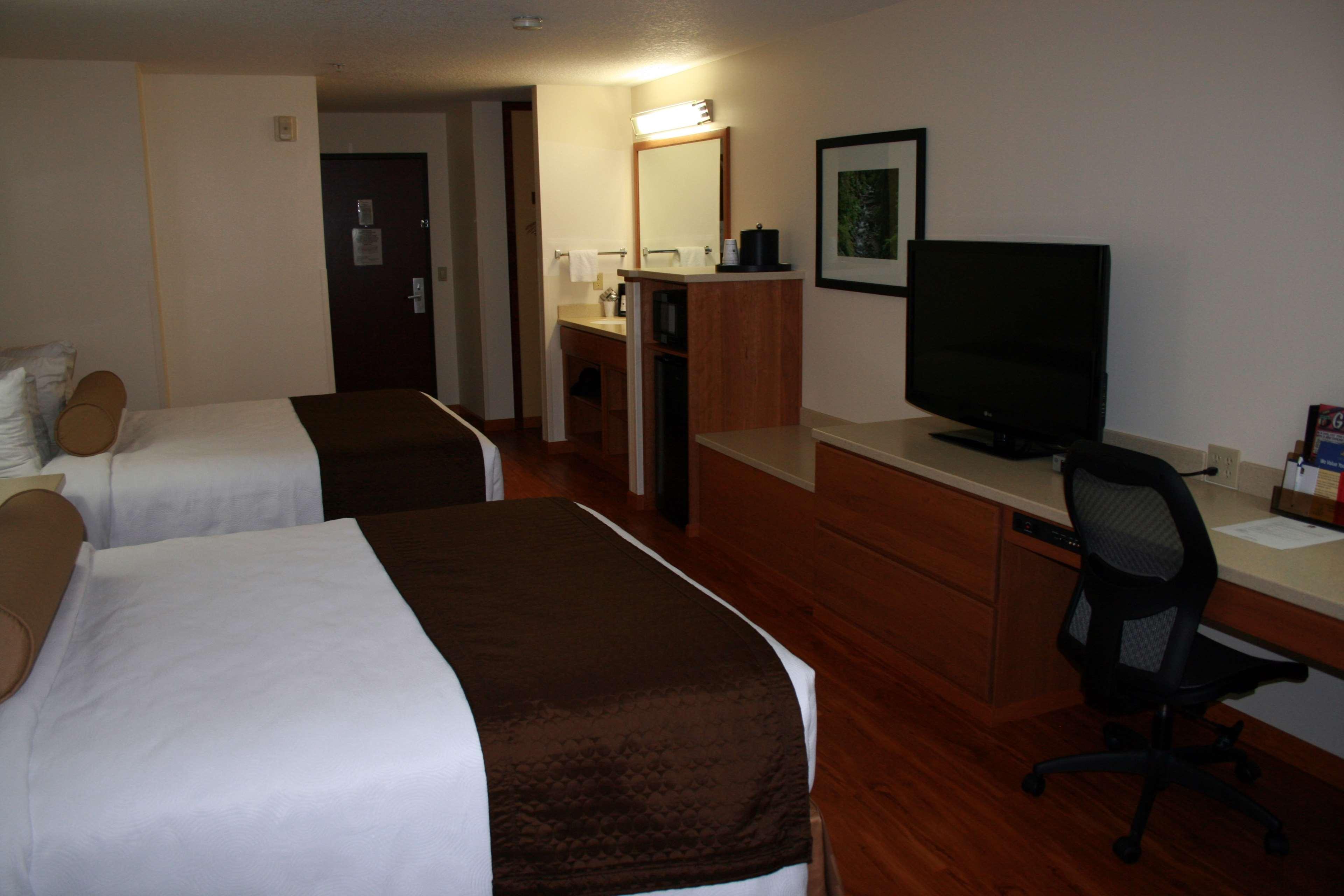 Best Western Plus Park Place Inn & Suites image 22