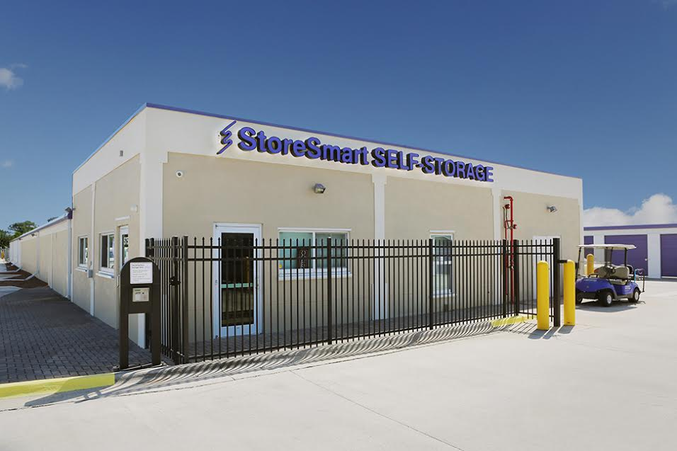 Storesmart Self Storage At 575 North Apollo Blvd
