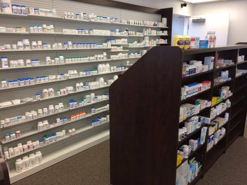 Plattsville Guardian Pharmacy in Plattsville: Uni-web and secondary counter.