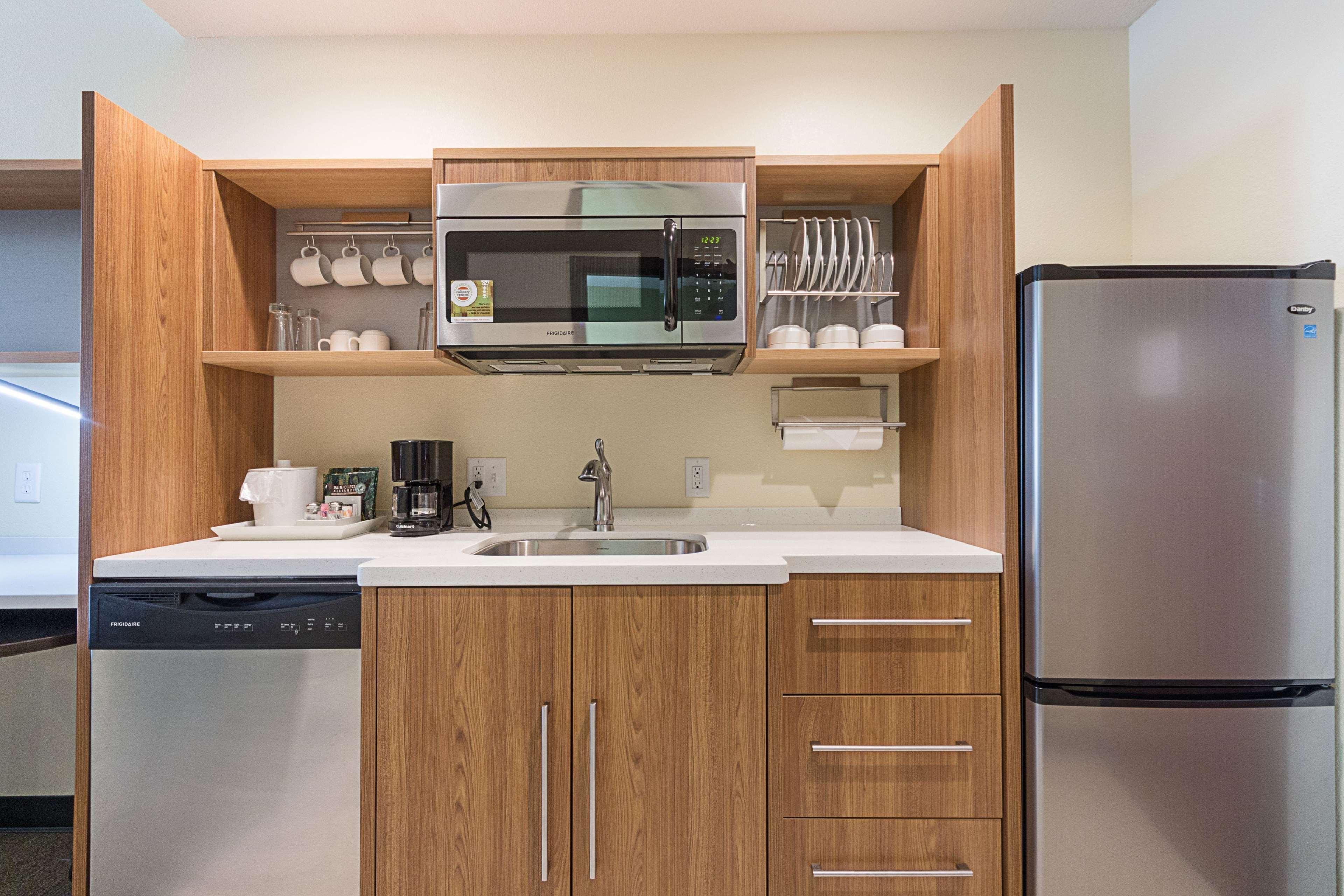 Home 2 Suites by Hilton - Yukon image 49