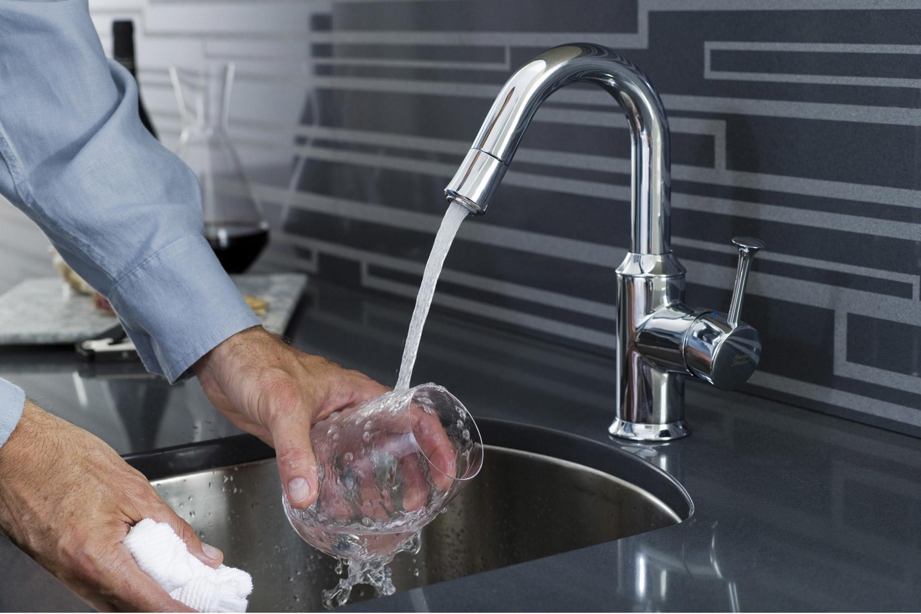 Lennon Plumbing Ltd à Simcoe: kitchen sink