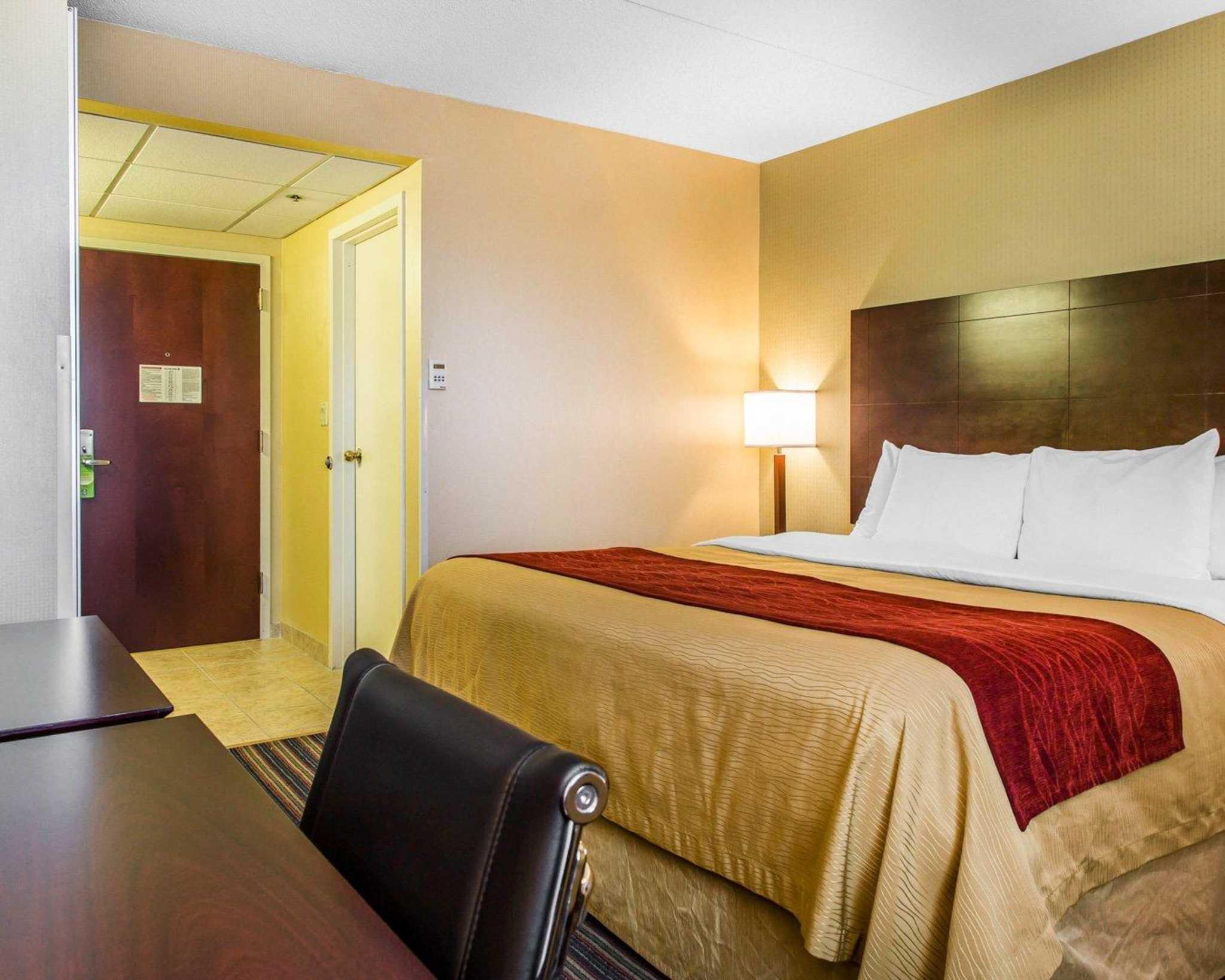 Comfort Inn & Suites East Hartford - Hartford image 12