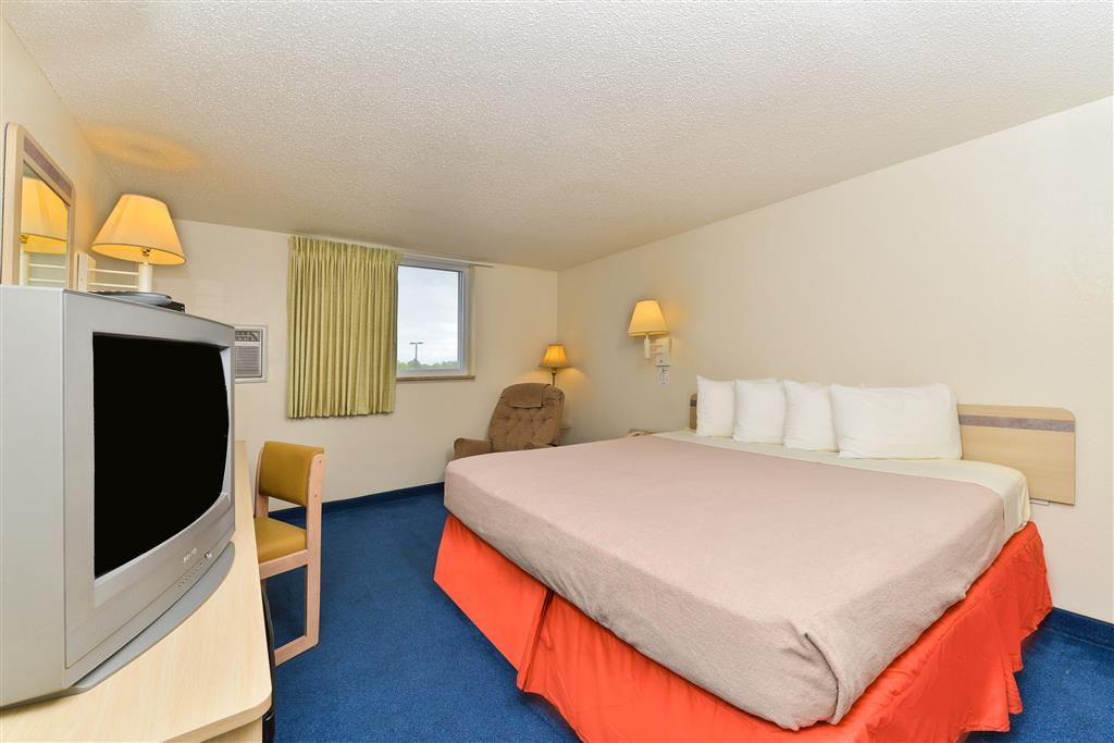 Americas Best Value Inn Jefferson City image 4
