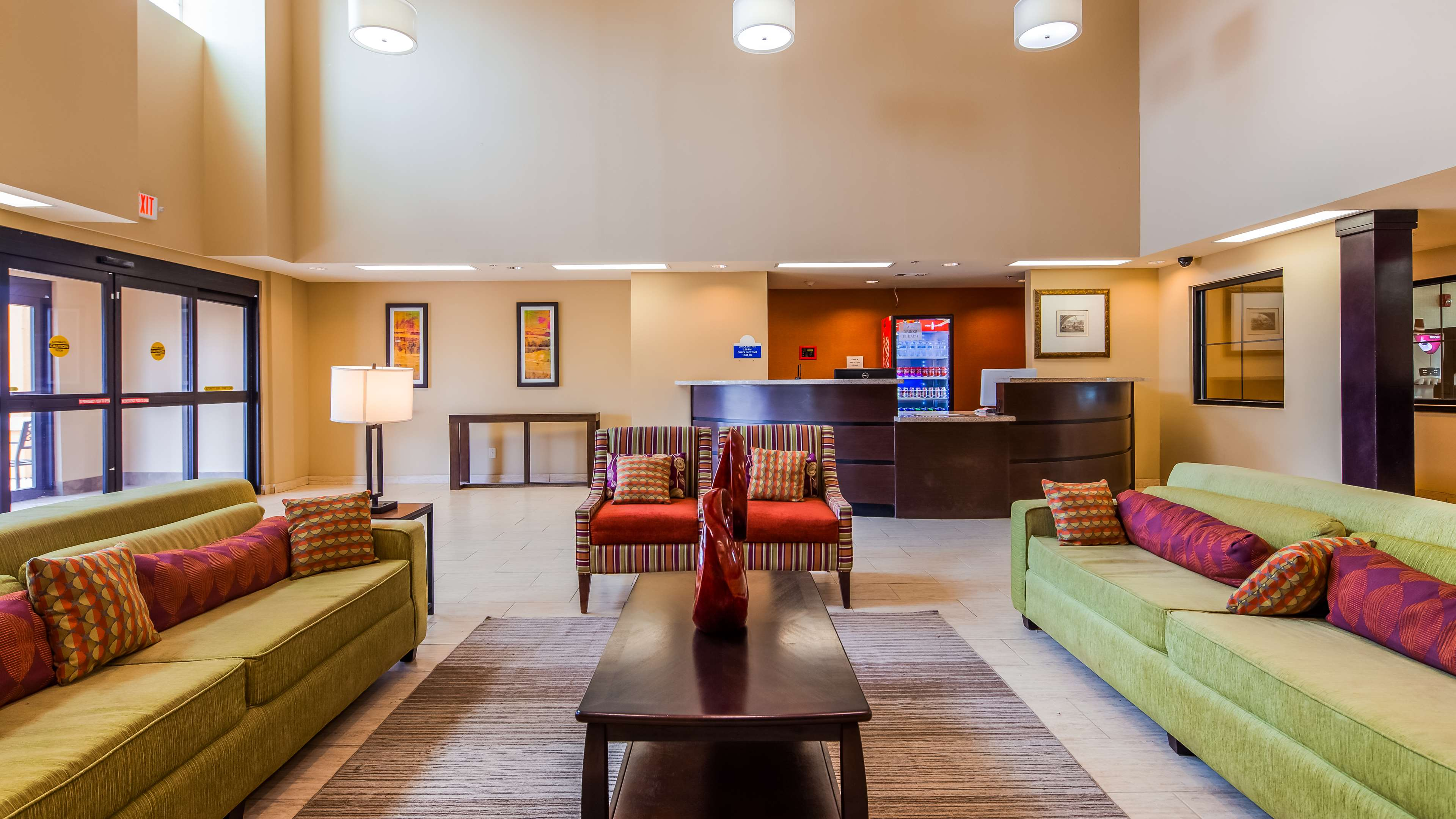 SureStay Hotel by Best Western Cotulla image 3