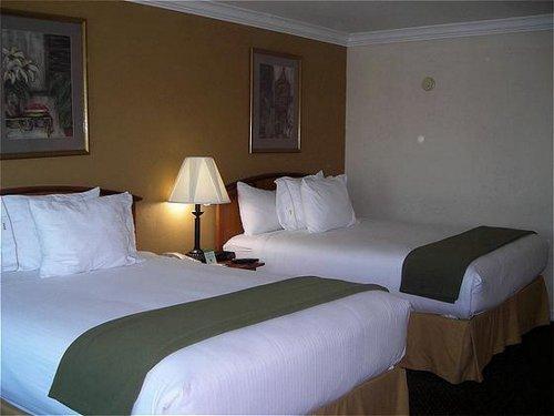 Best things to see in Van Nuys CA California - Hotel Planner