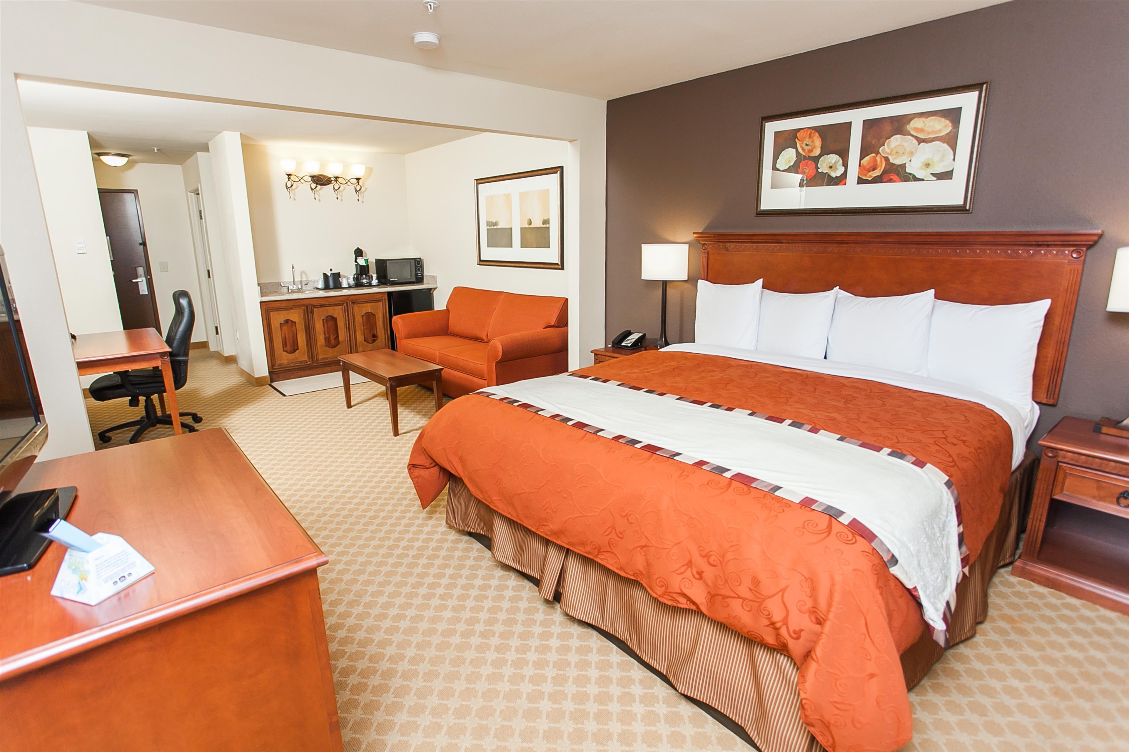 Best Western Plus Georgetown Inn & Suites image 9