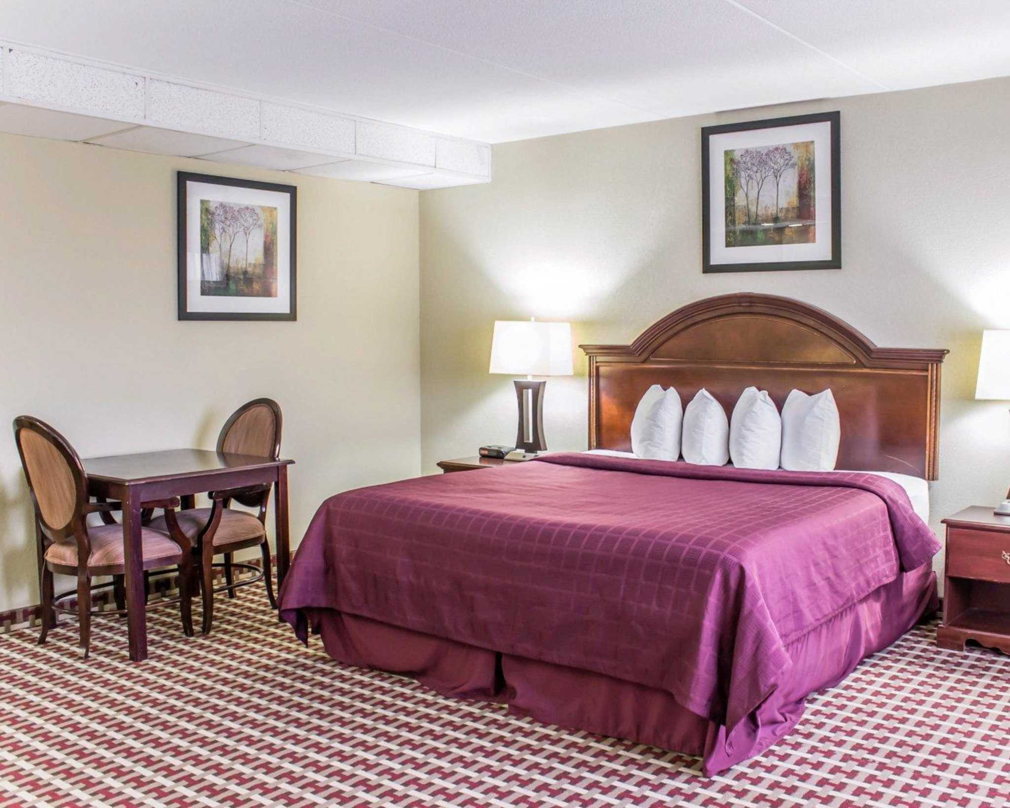 Quality Inn & Suites Fort Bragg image 7