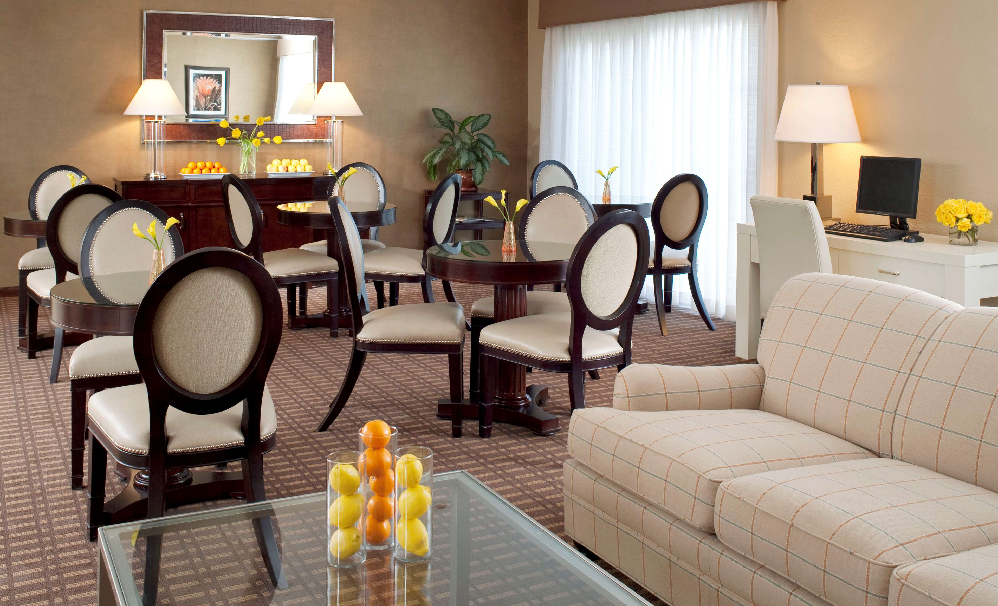 Sheraton Tucson Hotel & Suites image 9