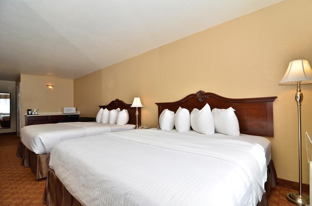 Best Western Fallon Inn & Suites image 46
