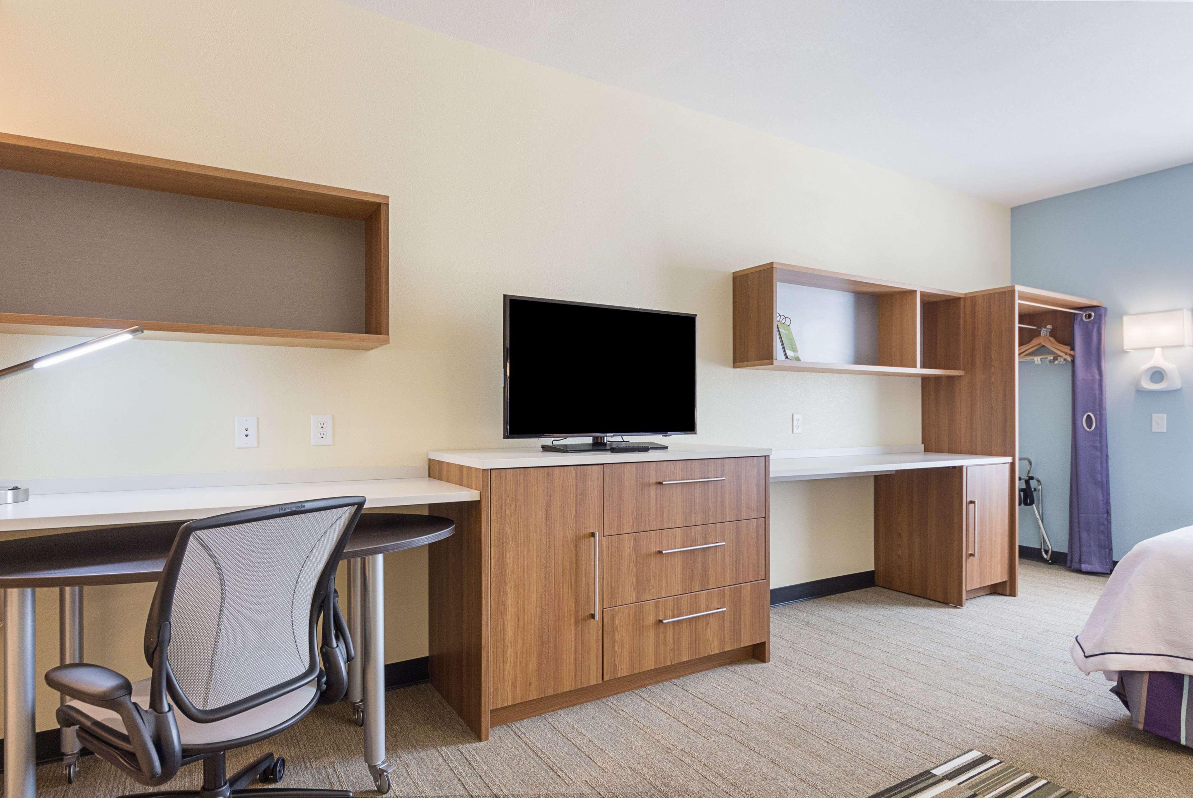 Home 2 Suites by Hilton - Yukon image 36