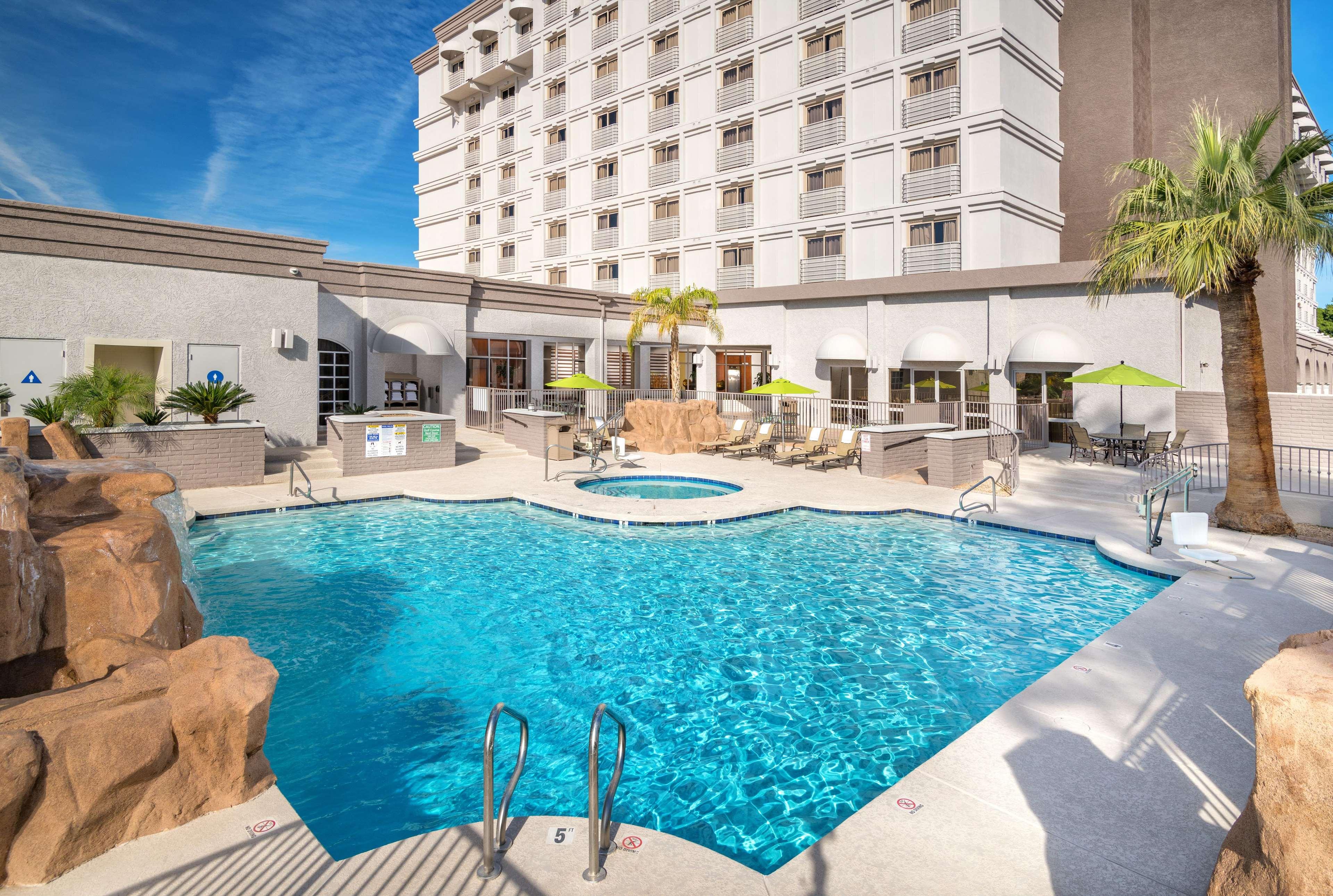Hilton Phoenix/Mesa image 8