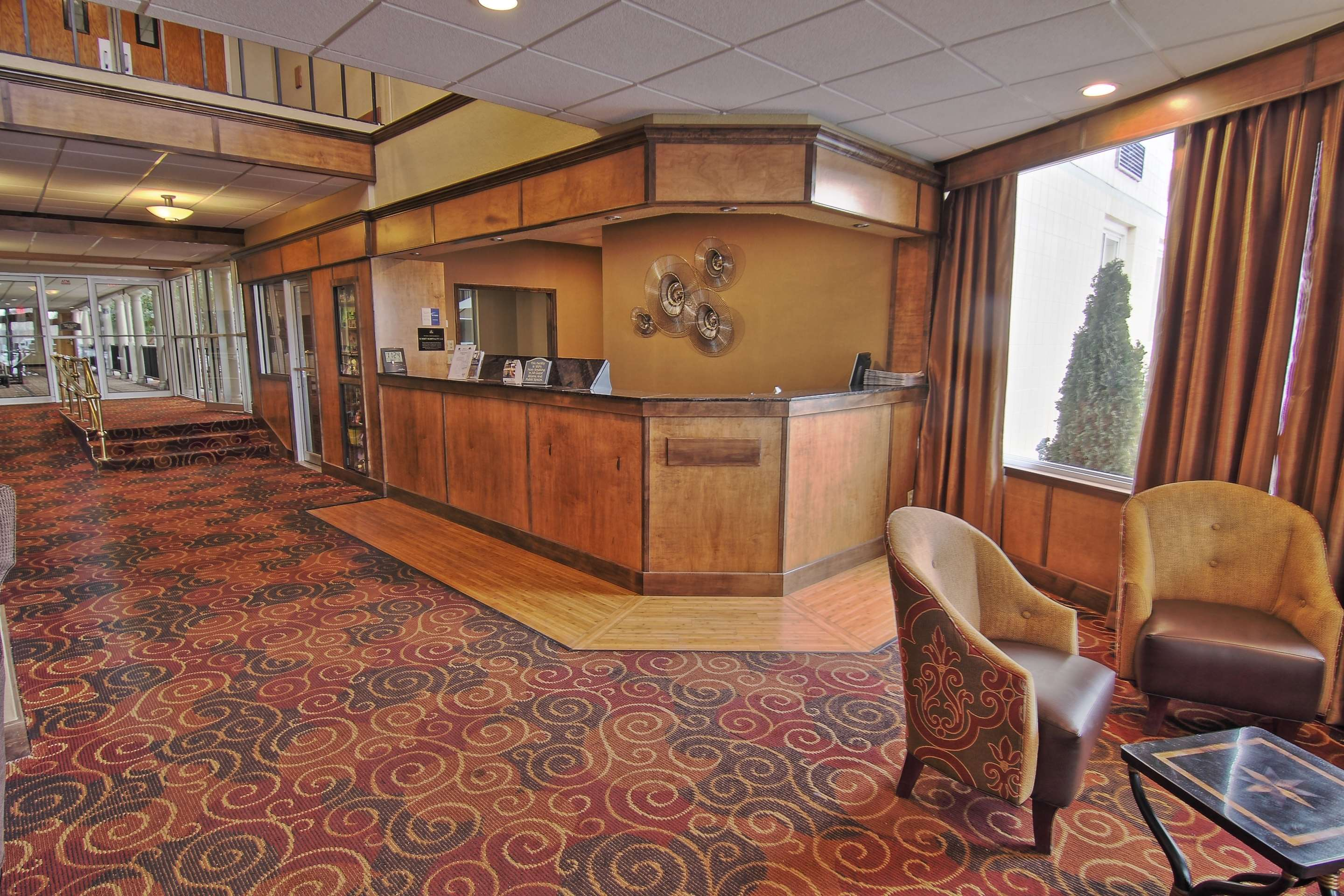 Best Western Green Bay Inn Conference Center image 0