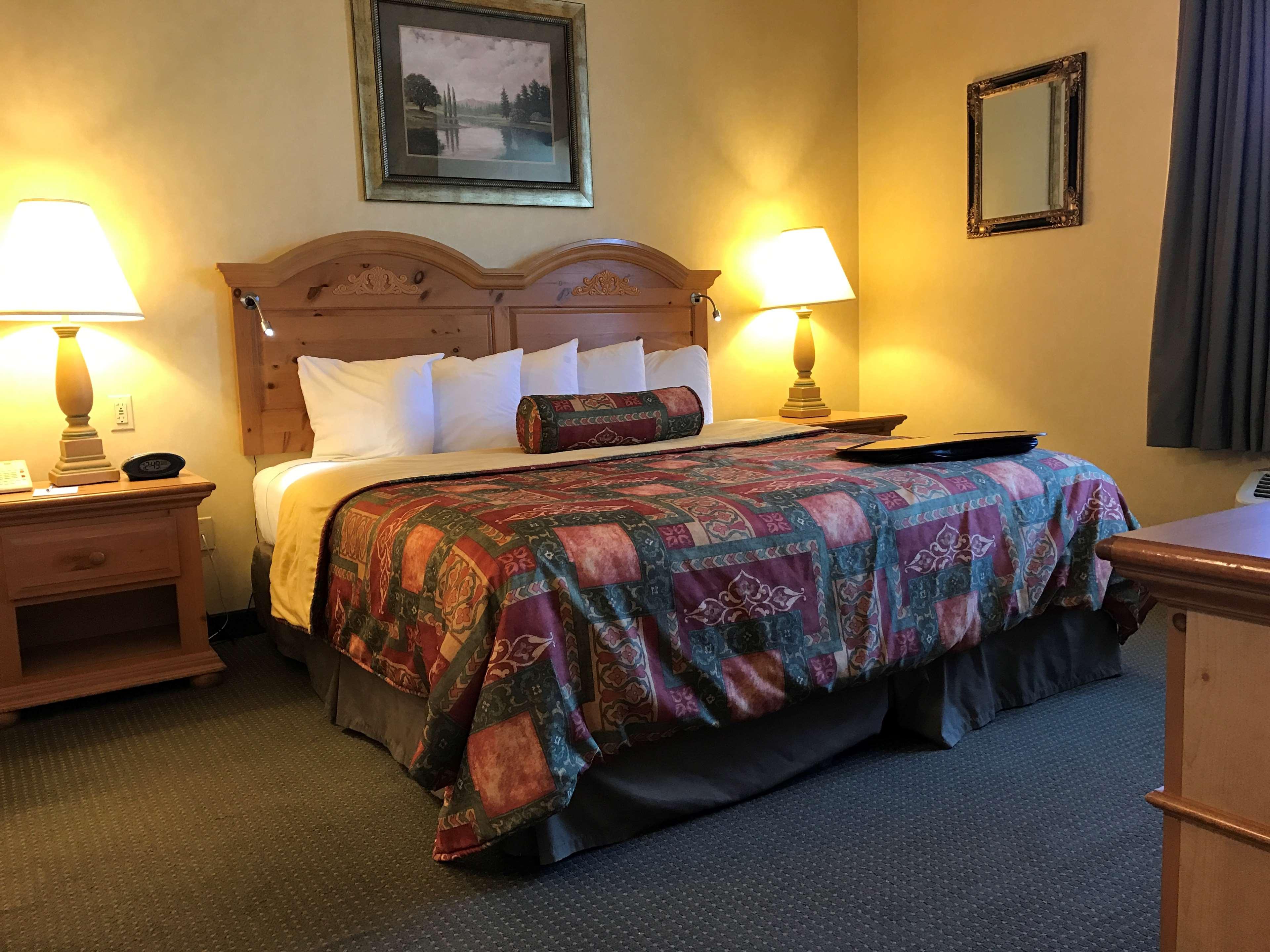 Best Western Plus Revere Inn & Suites image 24