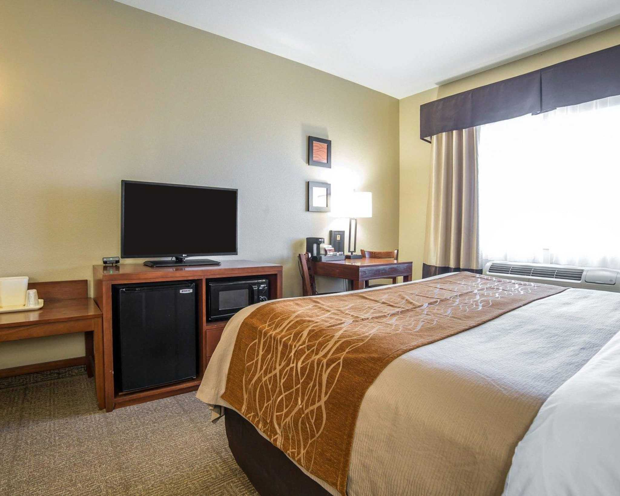 Comfort Inn Evansville-Casper image 5