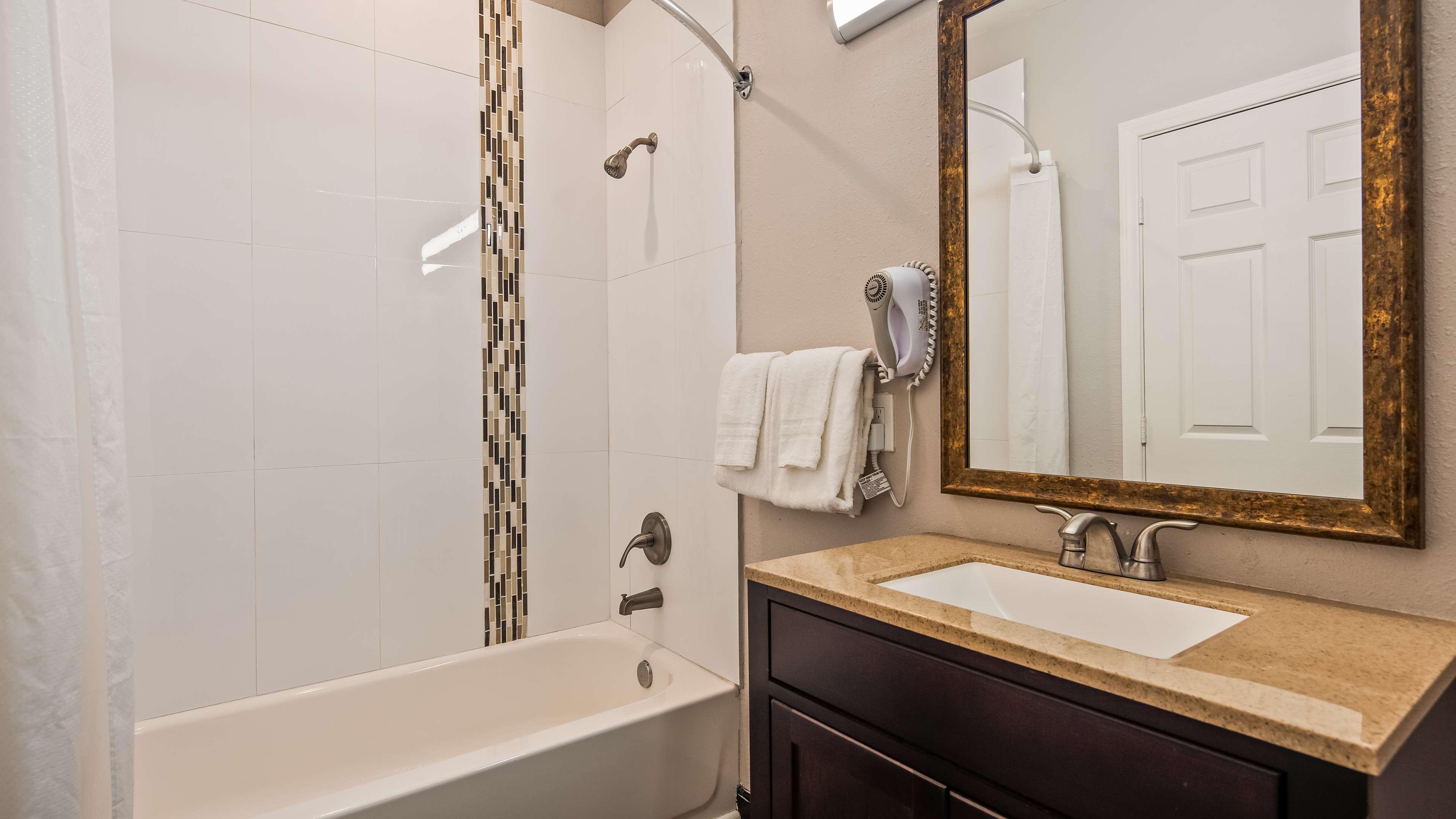 SureStay Hotel by Best Western Ridgecrest image 9