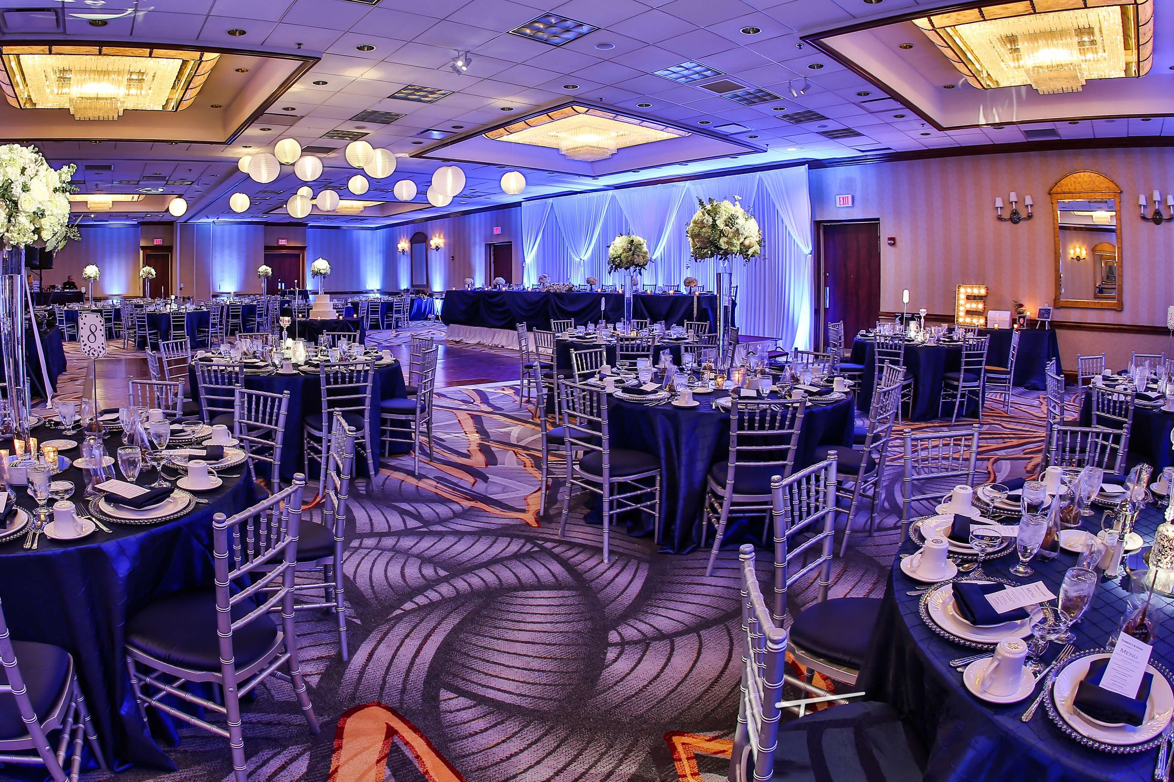 DoubleTree by Hilton Hotel Chicago - Alsip image 15