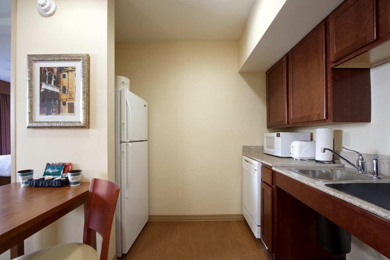 Homewood Suites by Hilton Dulles-North/Loudoun image 14