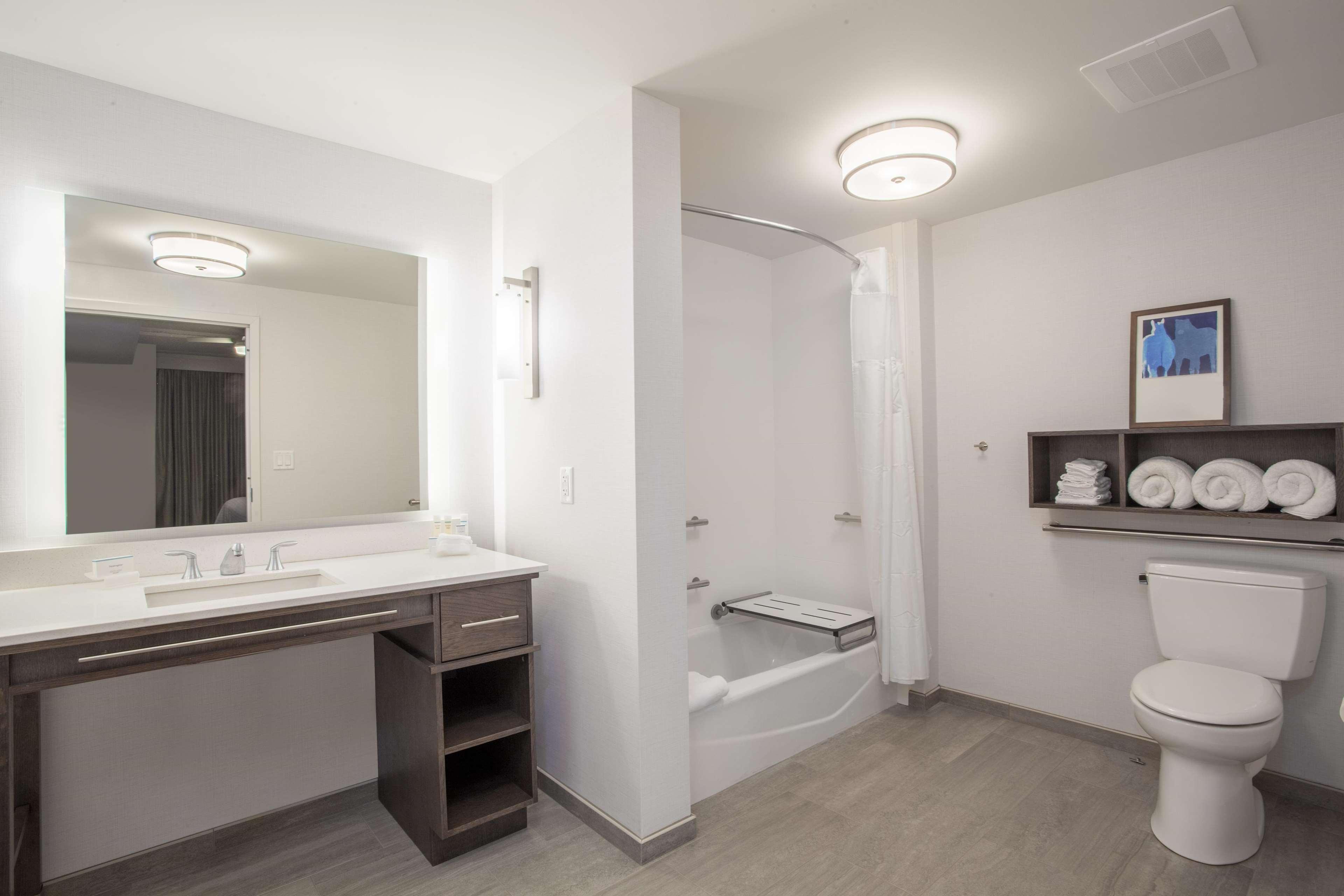 Homewood Suites by Hilton Saratoga Springs image 32