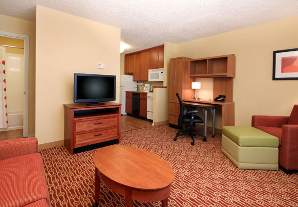 TownePlace Suites by Marriott Lubbock image 7