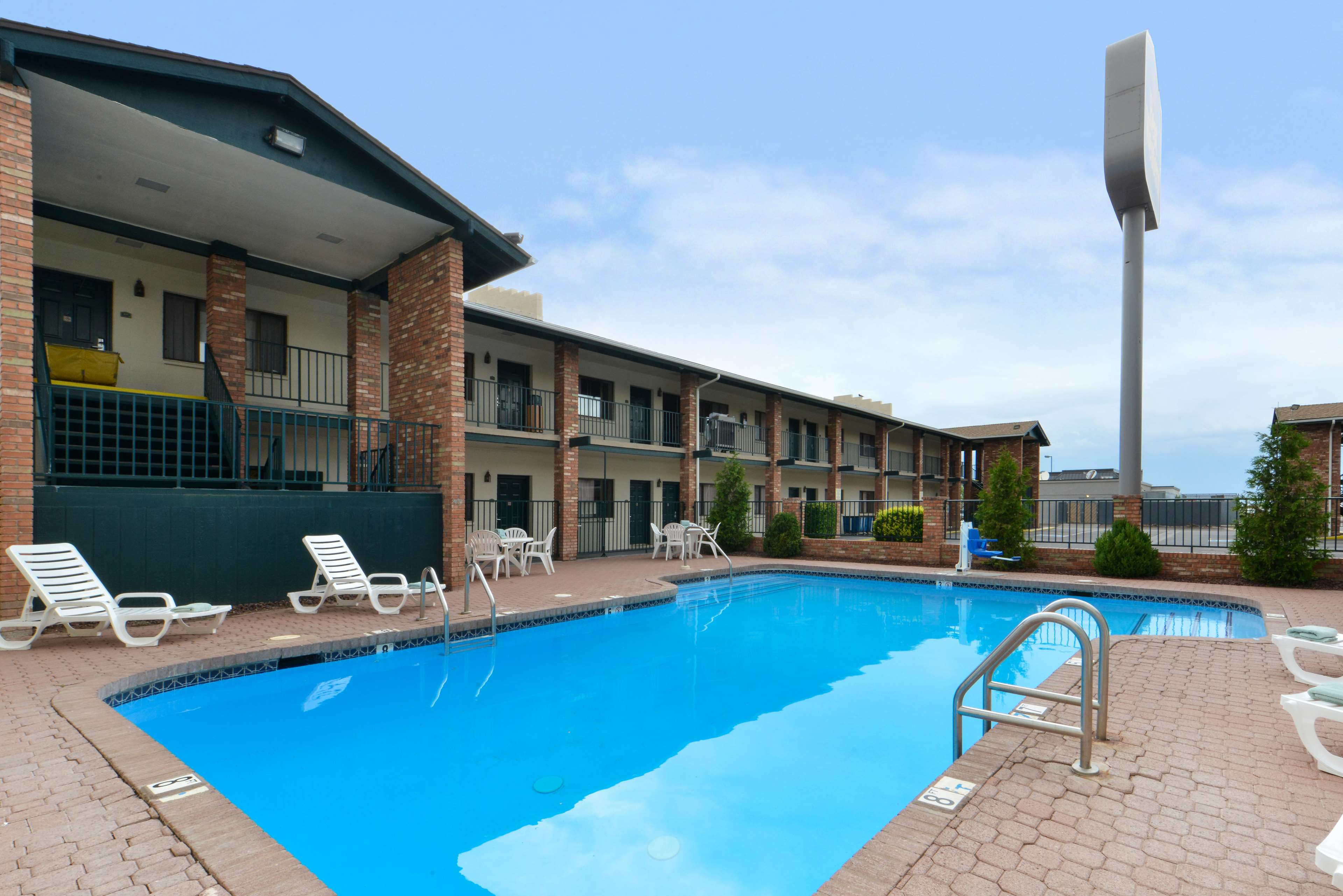 Best western arizonian inn coupons near me in holbrook Holbrook swimming pool opening times