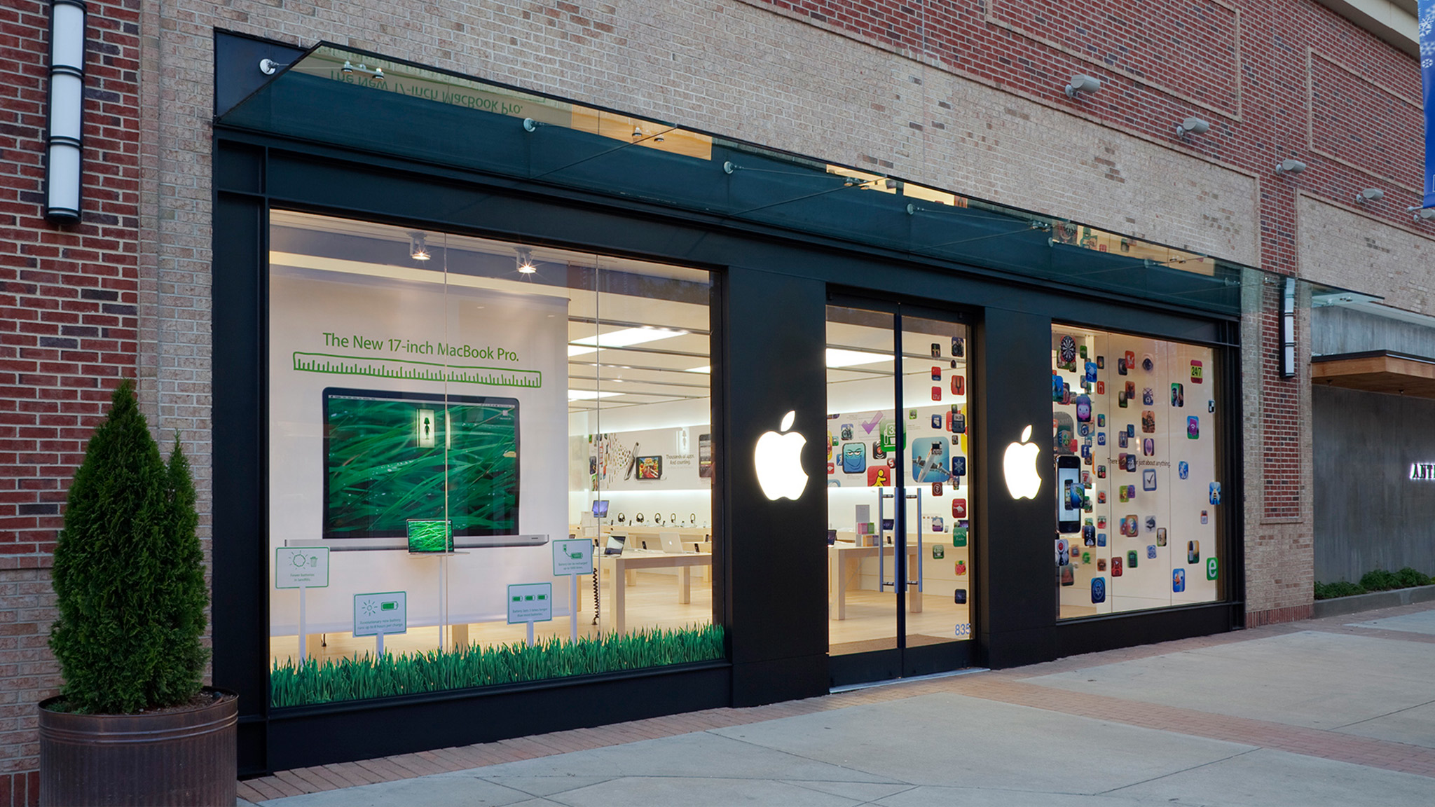 Apple Southpoint image 0