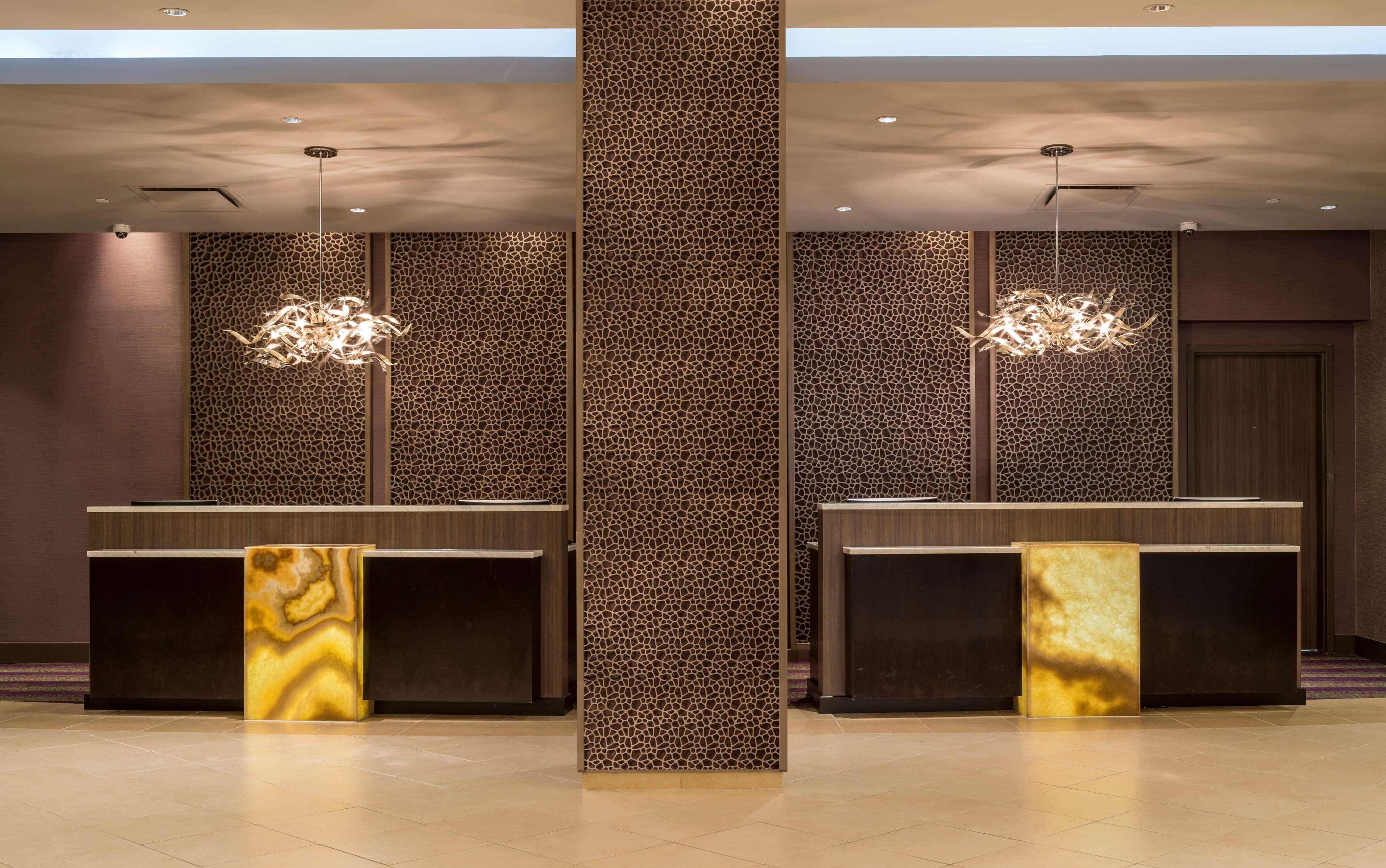 Hilton Washington DC/Rockville Hotel & Executive Meeting Ctr image 6