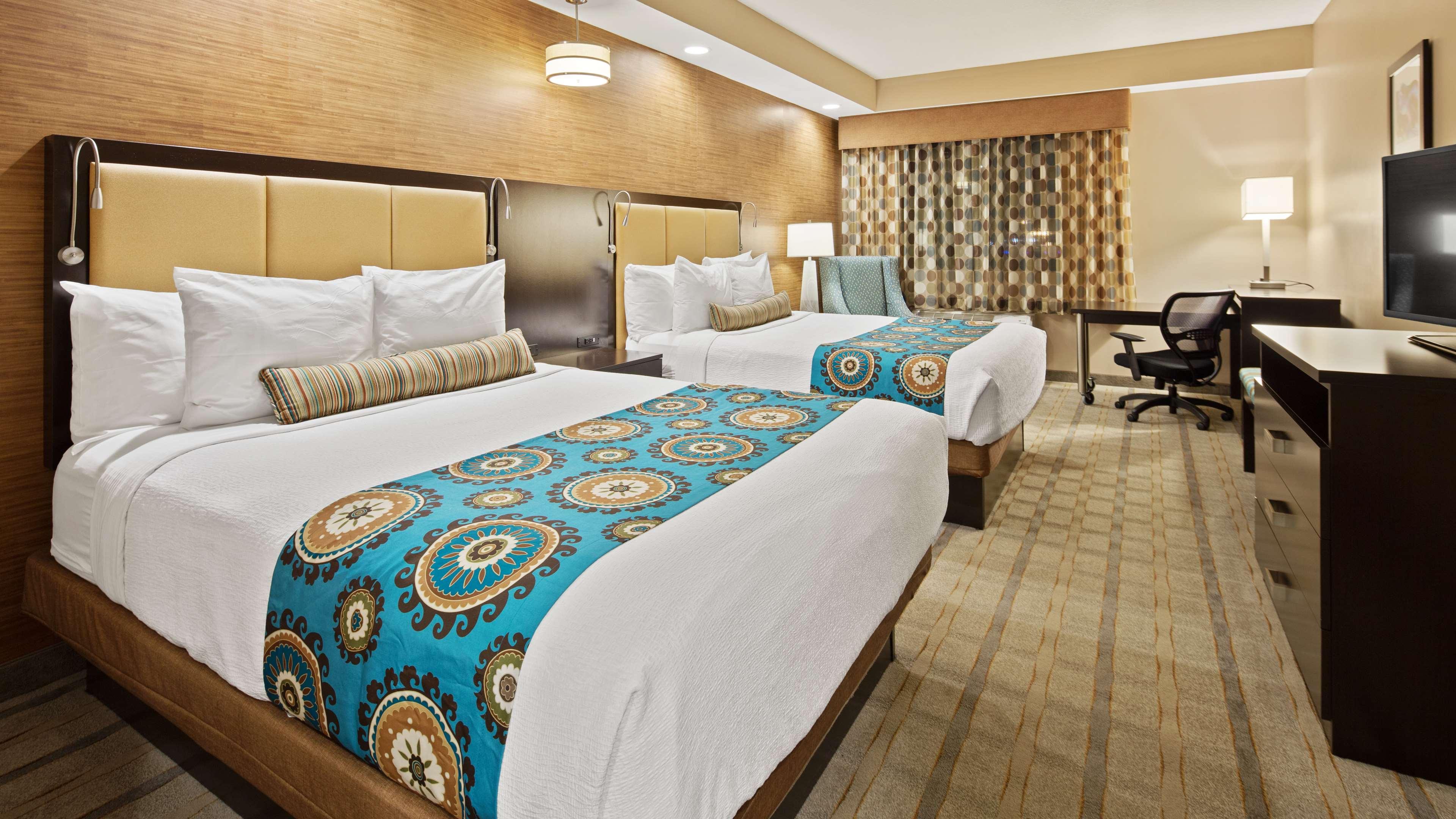 Best Western Plus Kendall Airport Hotel & Suites image 17