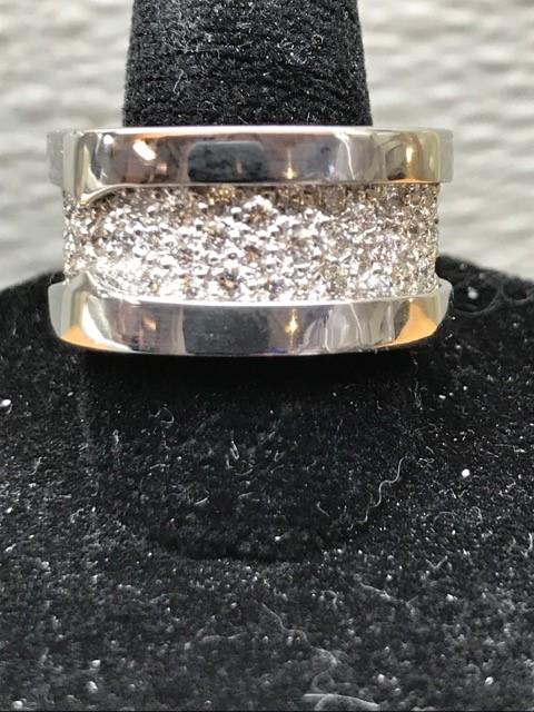 Robertson & Bach Fine Jewelers image 3