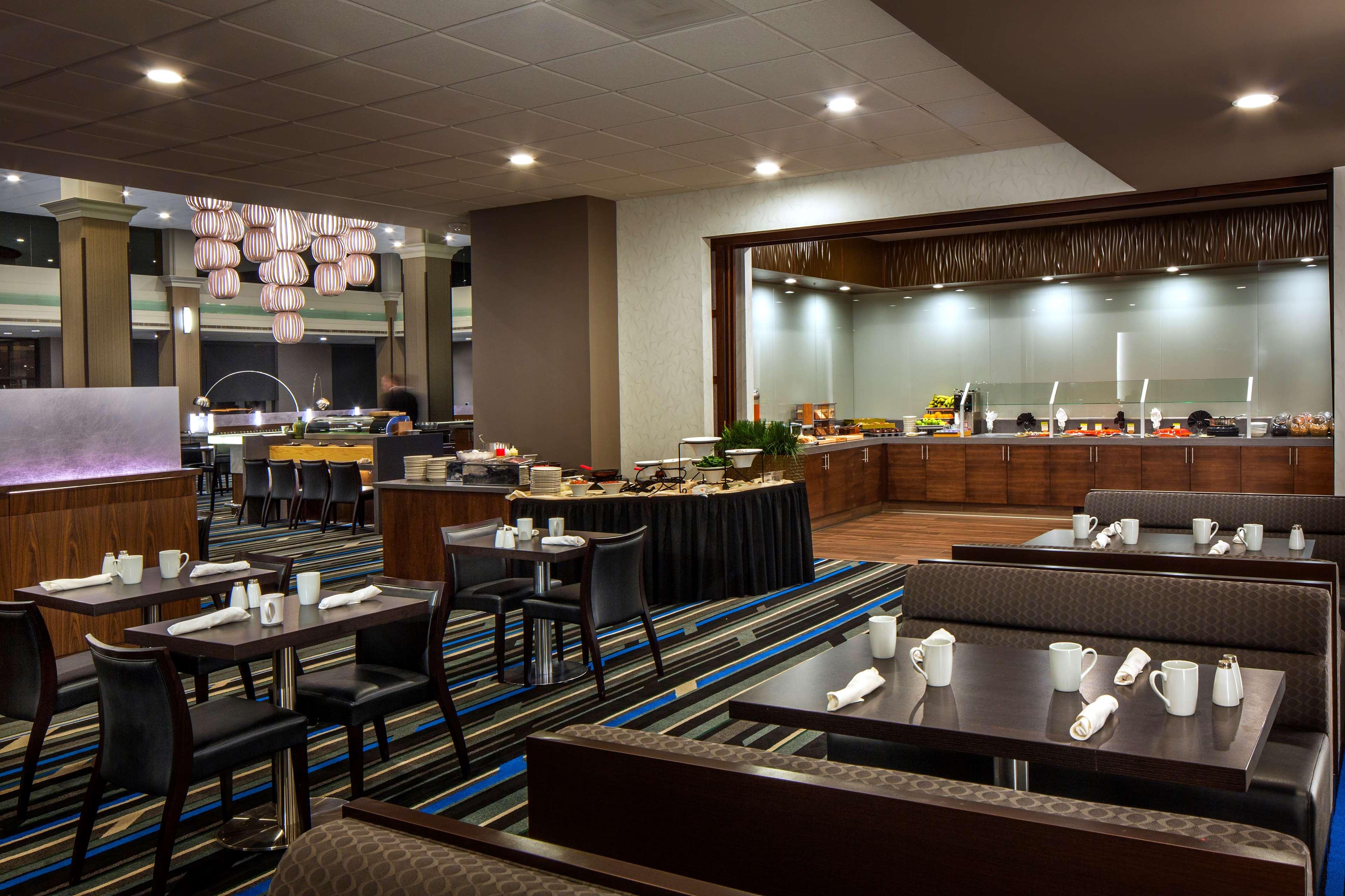 DoubleTree by Hilton Hotel Newark - Fremont image 8