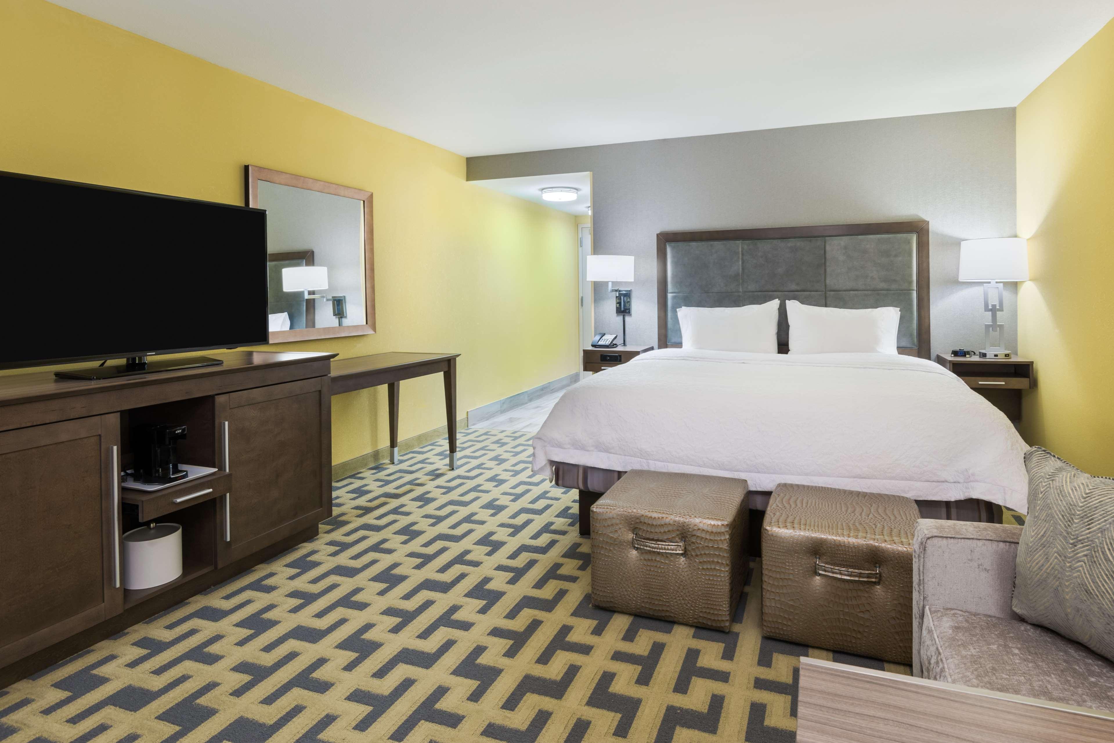 Hampton Inn & Suites Tampa Airport Avion Park Westshore image 18